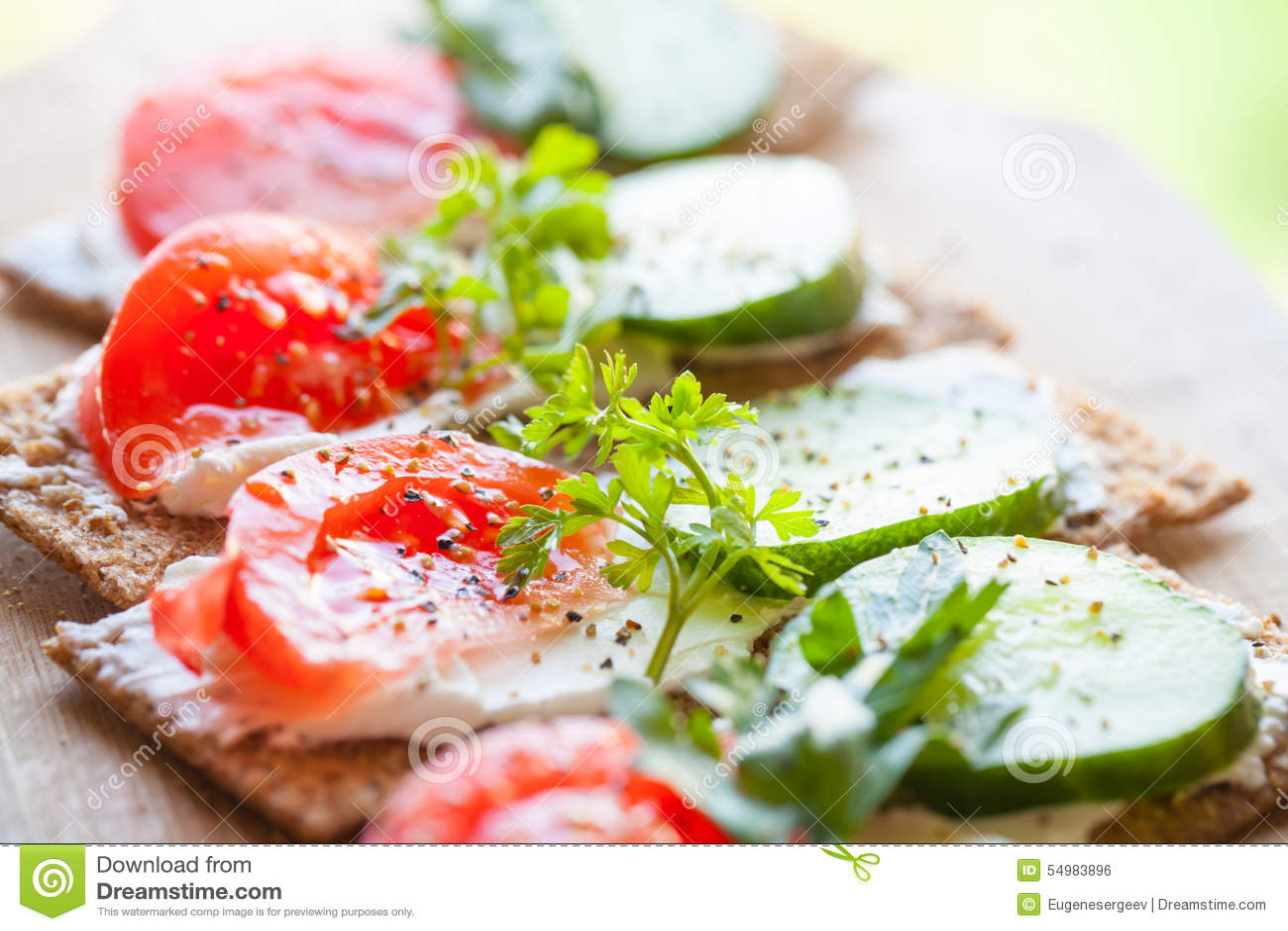 Helle Sandwiche Finnisches Roggenchipbrot