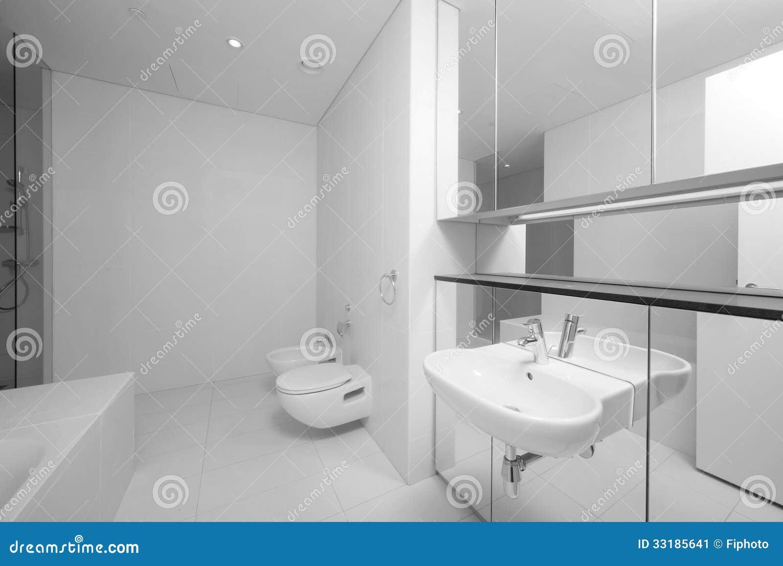 Helle Und Saubere Europaische Toilette Stockbild Bild Von