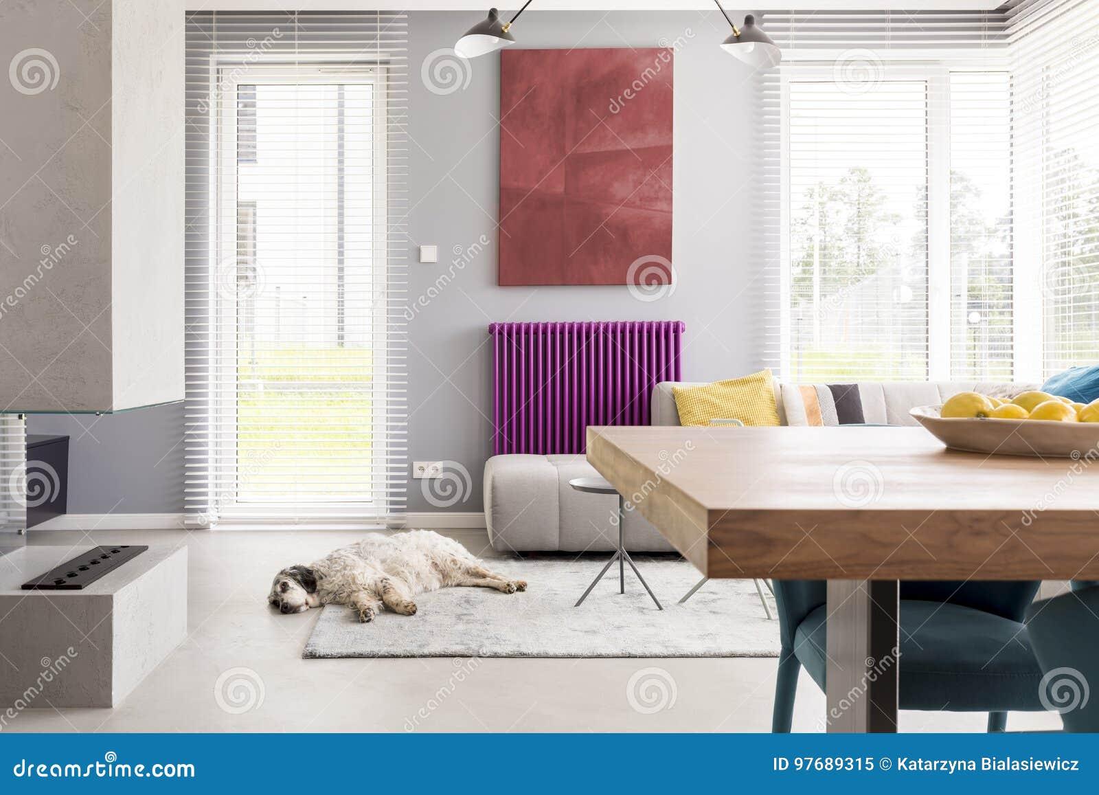 Helles Beige Zeitgenossisches Wohnzimmer Stockbild Bild Von Beige Wohnzimmer 97689315