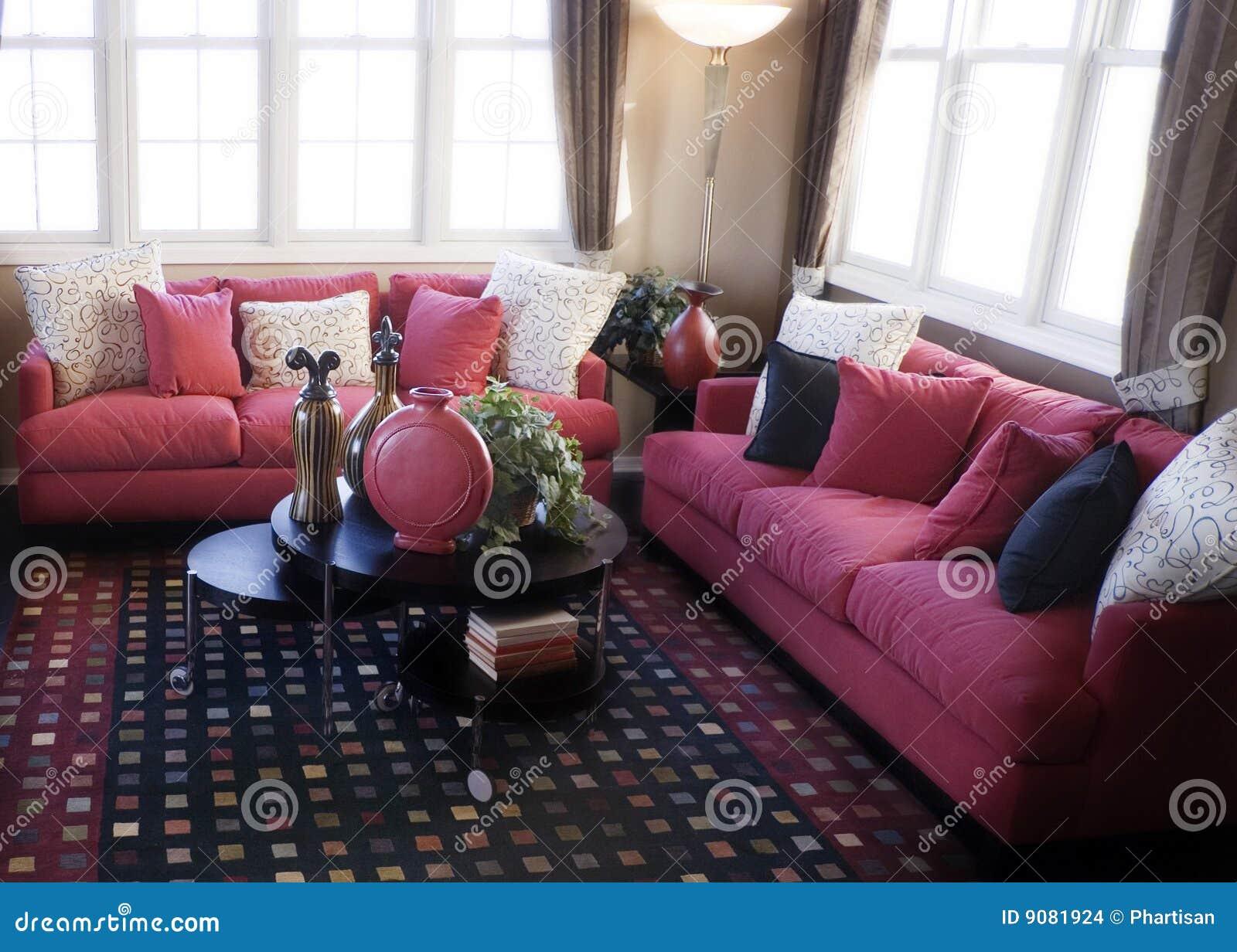 Helles buntes Wohnzimmer