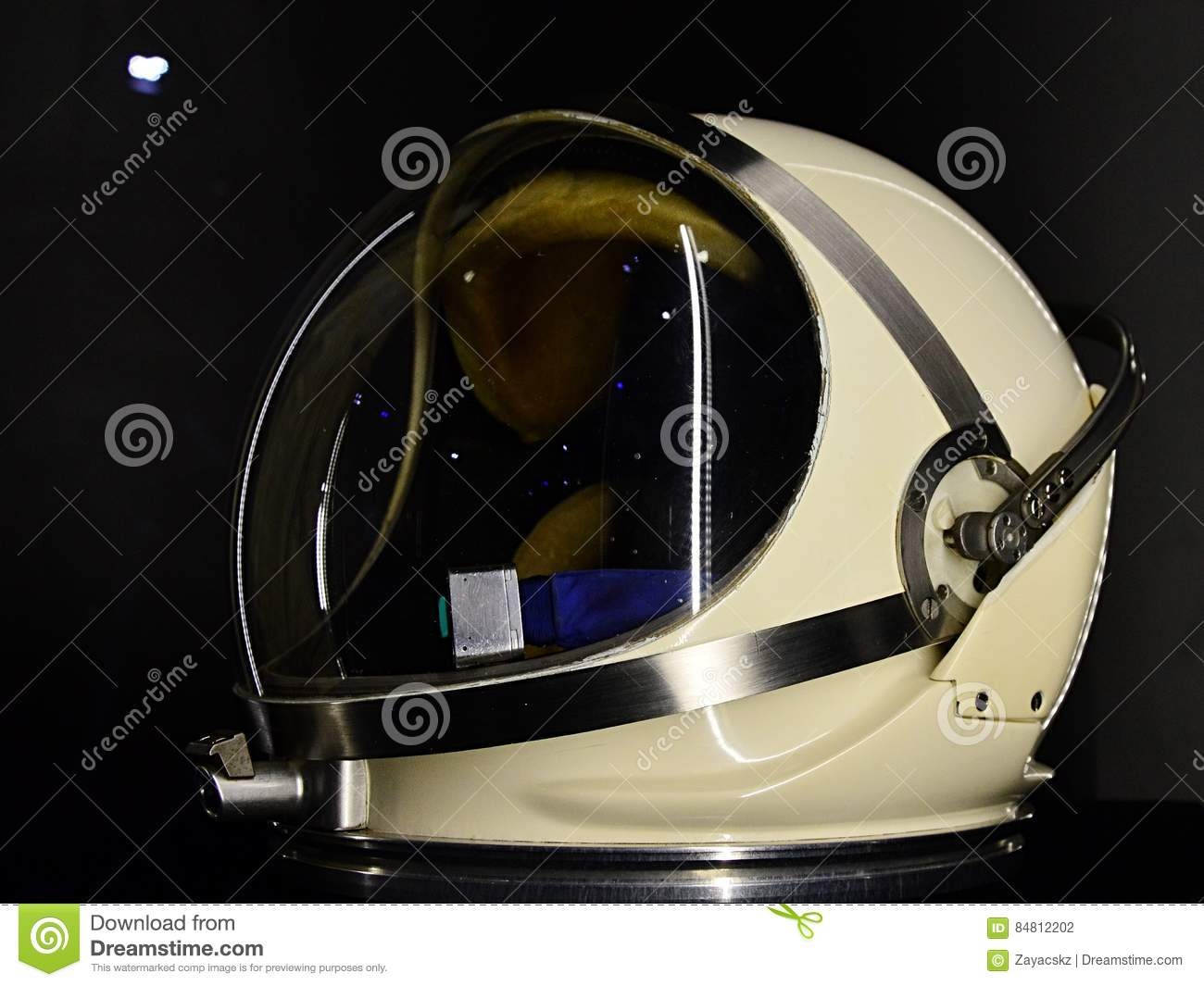 Gemini Space Program >> Helmet Pga For Spacesuit G4c Used In Gemini Space Program Displayed