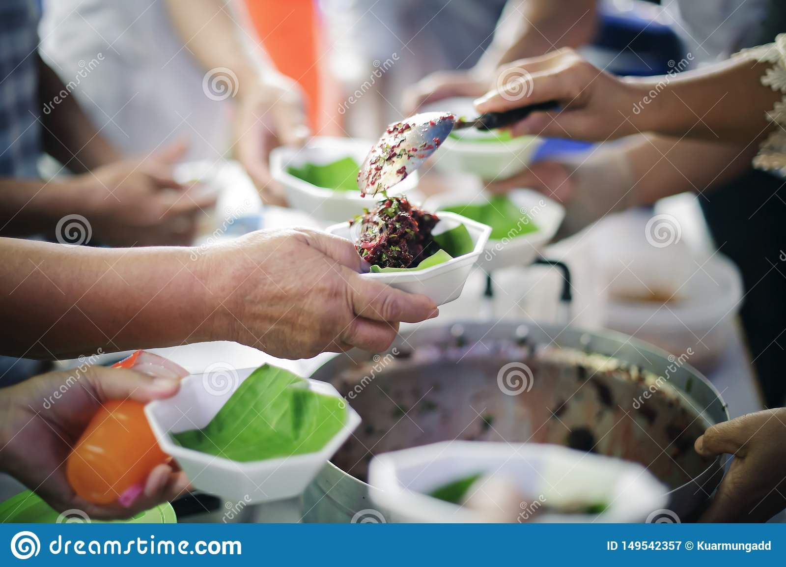 Helping People With Hunger With Kindness : the concept of life problems, hunger in society : concept of charity food for the poor