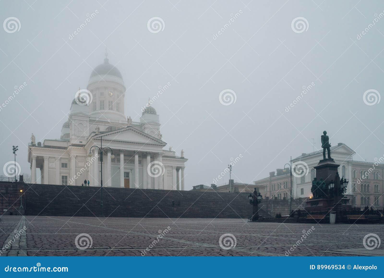 Helsinki katedra i statua cesarz Aleksander II, Finlandia