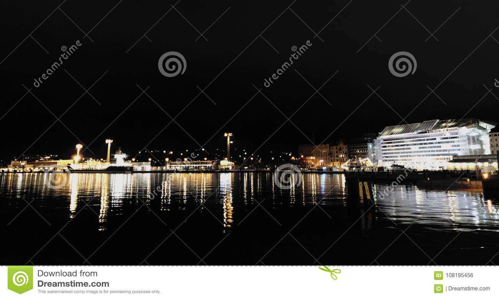 Helsinki nocy widoki