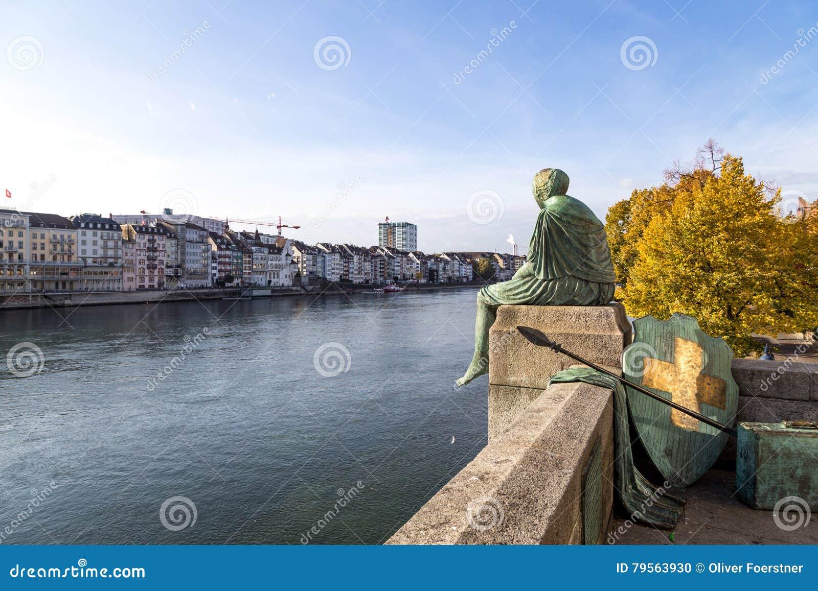 Helvetia Standbeeld in Bazel, Zwitserland