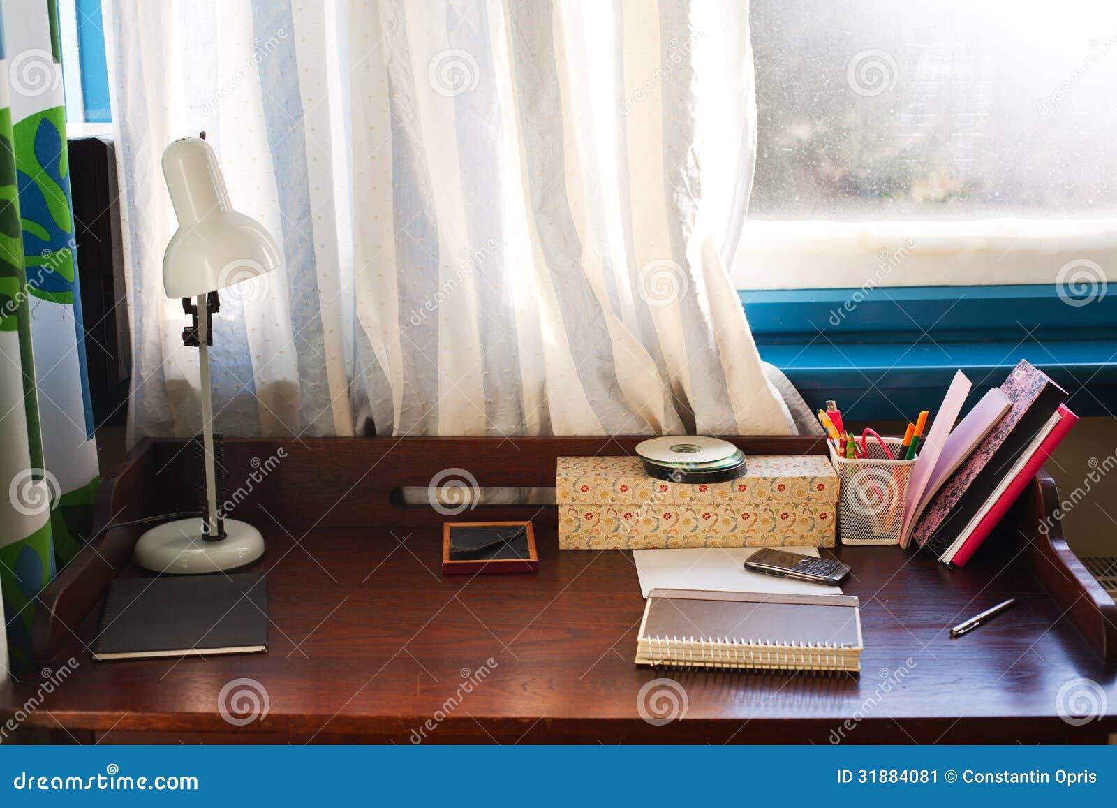 Hem- skrivbord