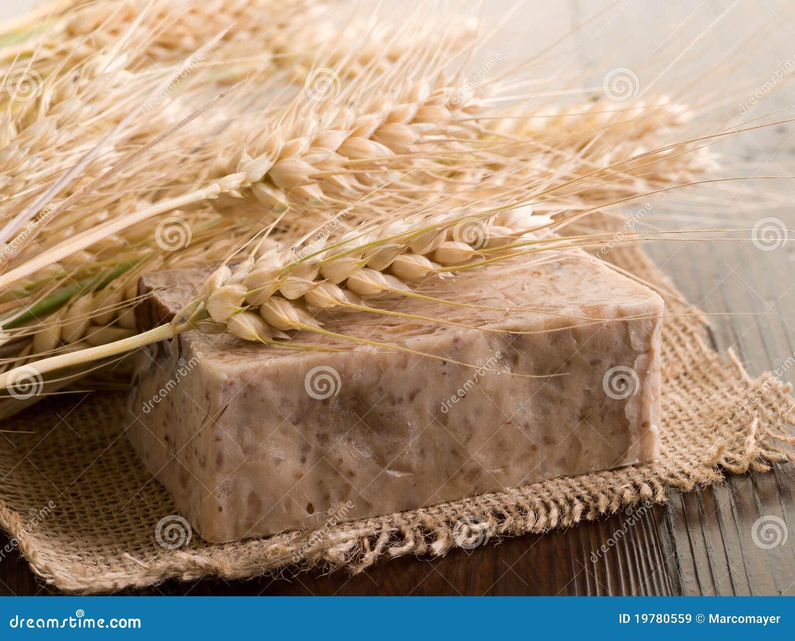 Hemlagad tvål för korn
