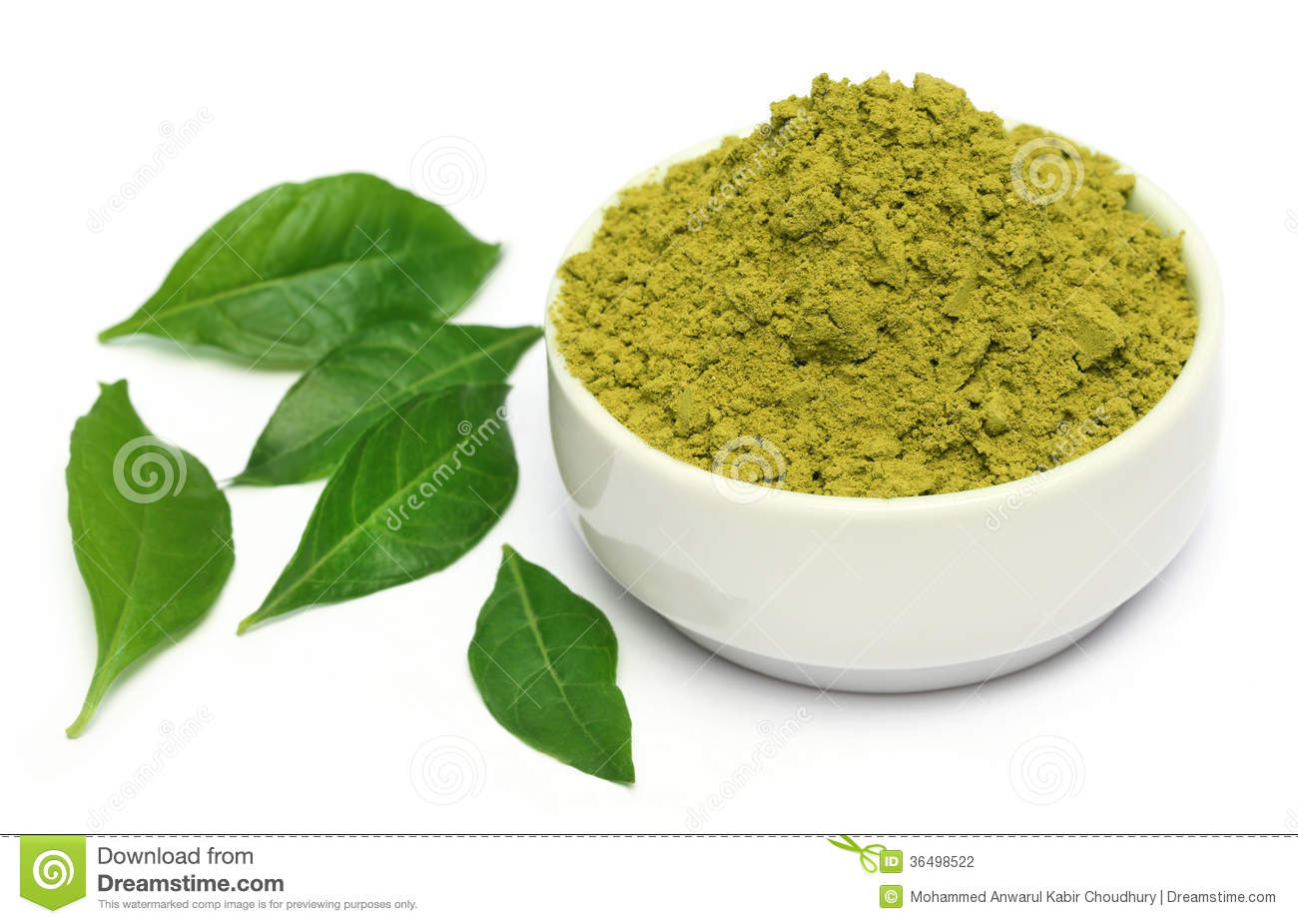 Henna Leaves With Powder On Ceramic Bowl Stock Photo