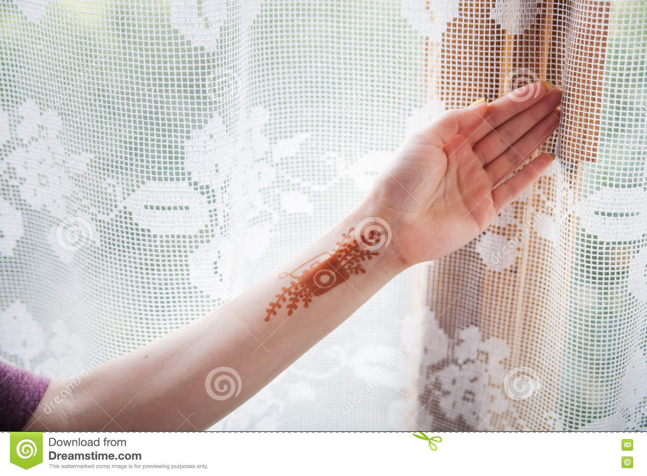 Henna Tattoo On The Girl S Hand Stock Image Image Of Tattoos
