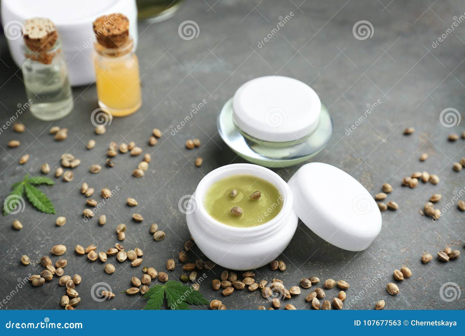 Hennepcosmetischee producten en zaden