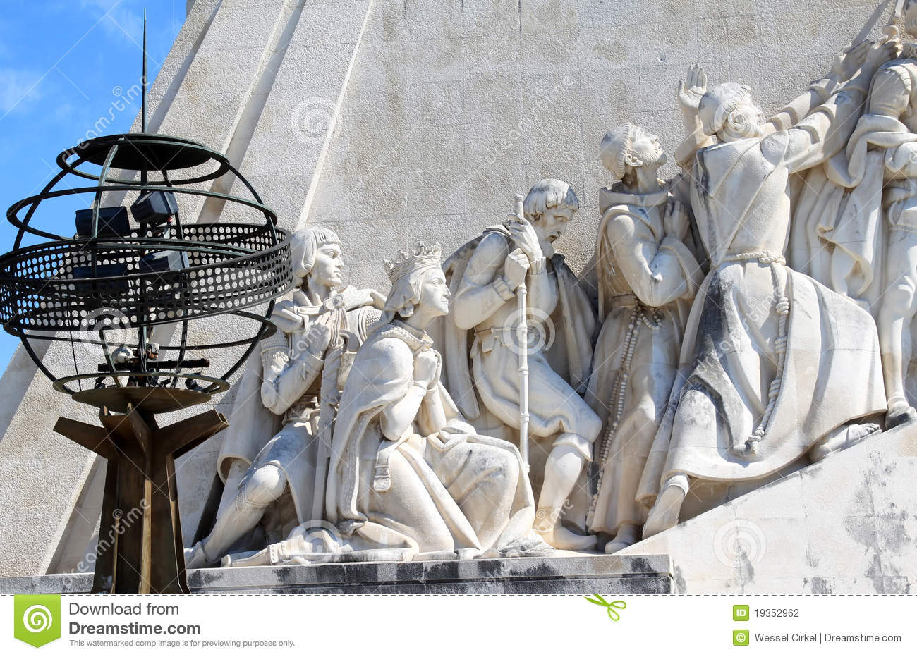 Download Henry The Navigator Monument And Globe, Lisboa Editorial Photography - Image of equator, concrete: 19352962
