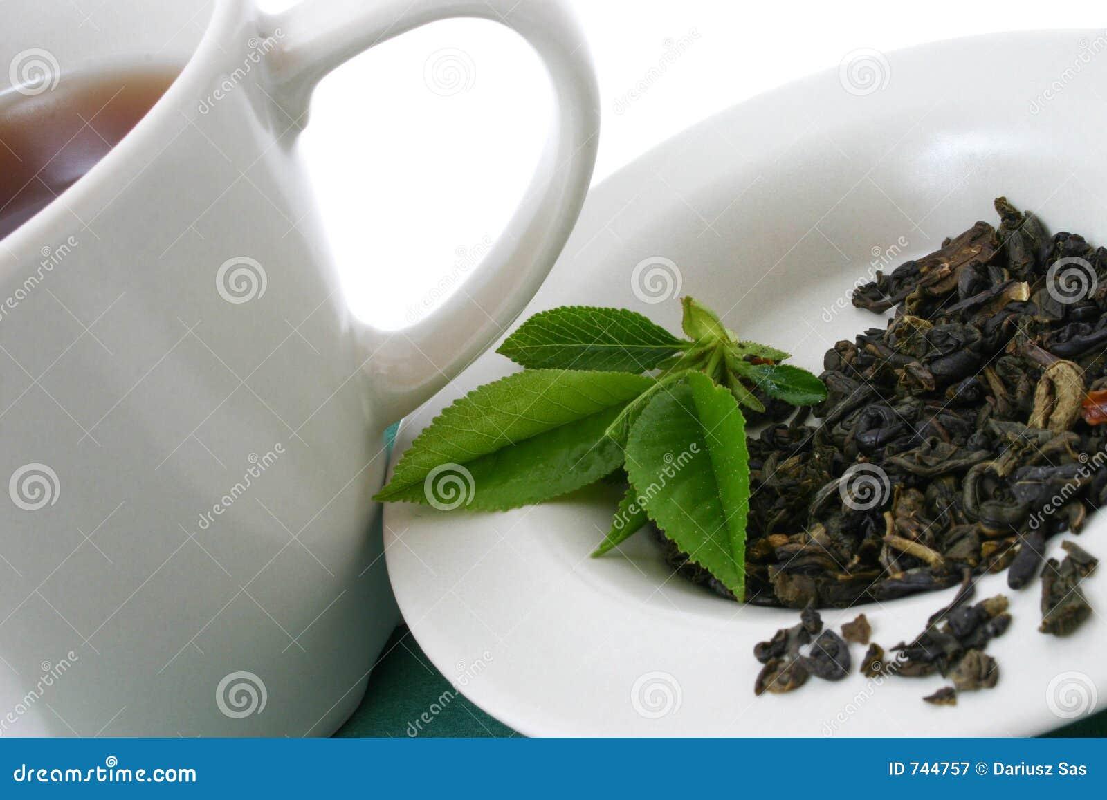 Herbaciani suszone liście