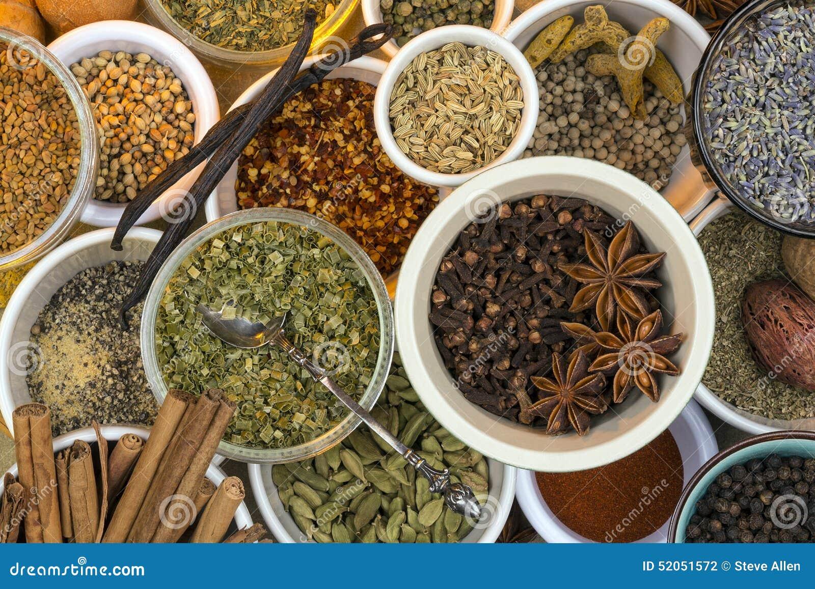 Herbes et épices sèches