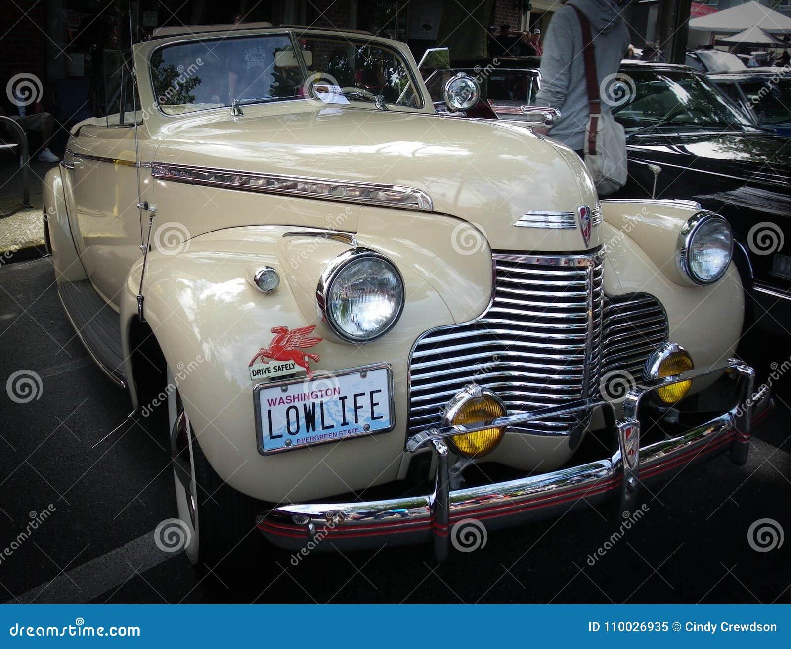 Herbouwde LowLife, de Oude Auto bij auto tonen