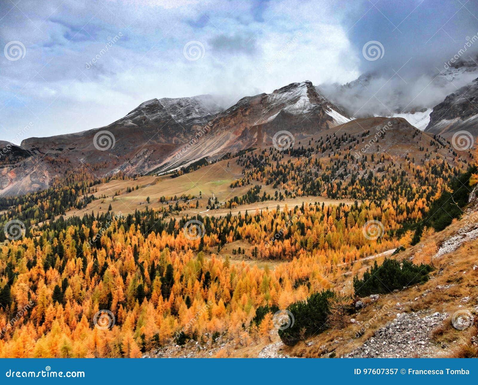 Herbst in den Dolomit