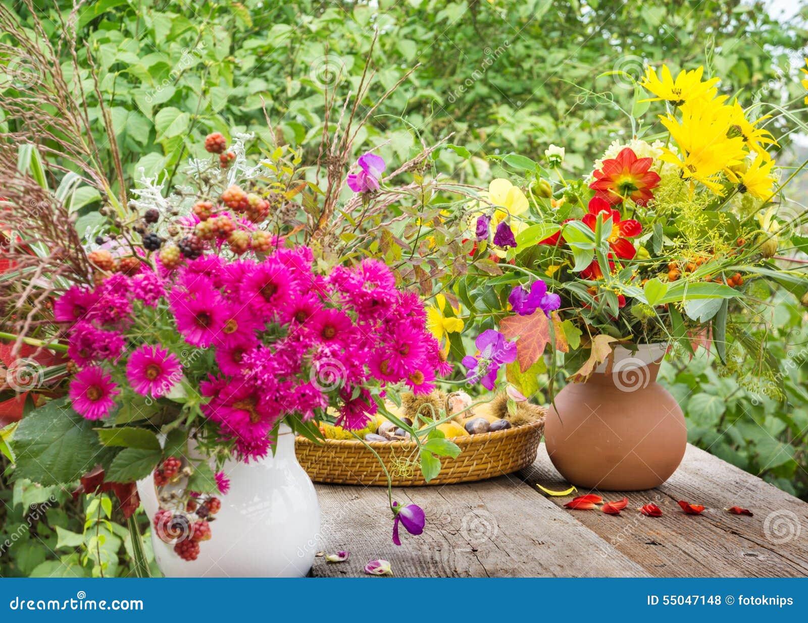 herbstblumen auf der terrasse stockfoto bild 55047148. Black Bedroom Furniture Sets. Home Design Ideas