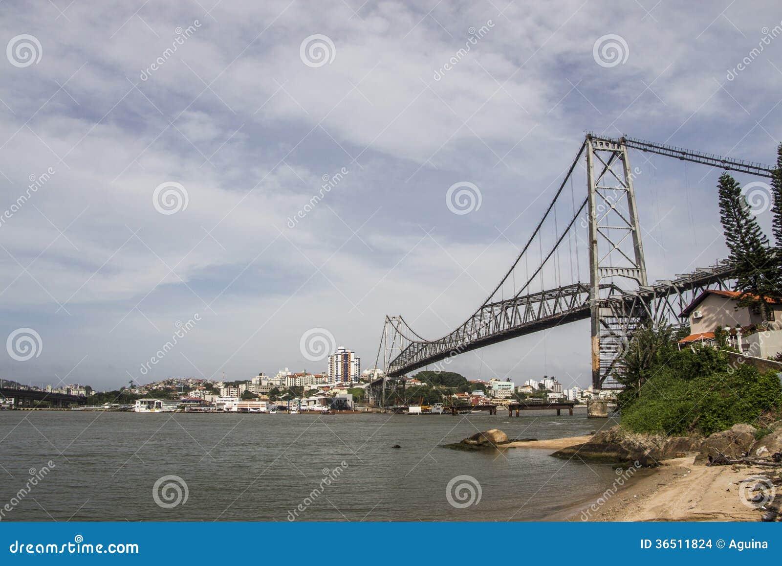 Hercílio Luz Bridge - Florianopolis - Sc - Brésil