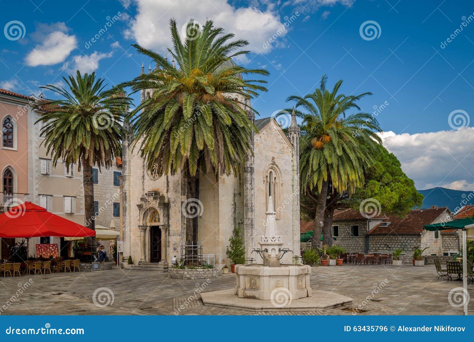 Herceg Novi stary grodzki turystyczny centrum