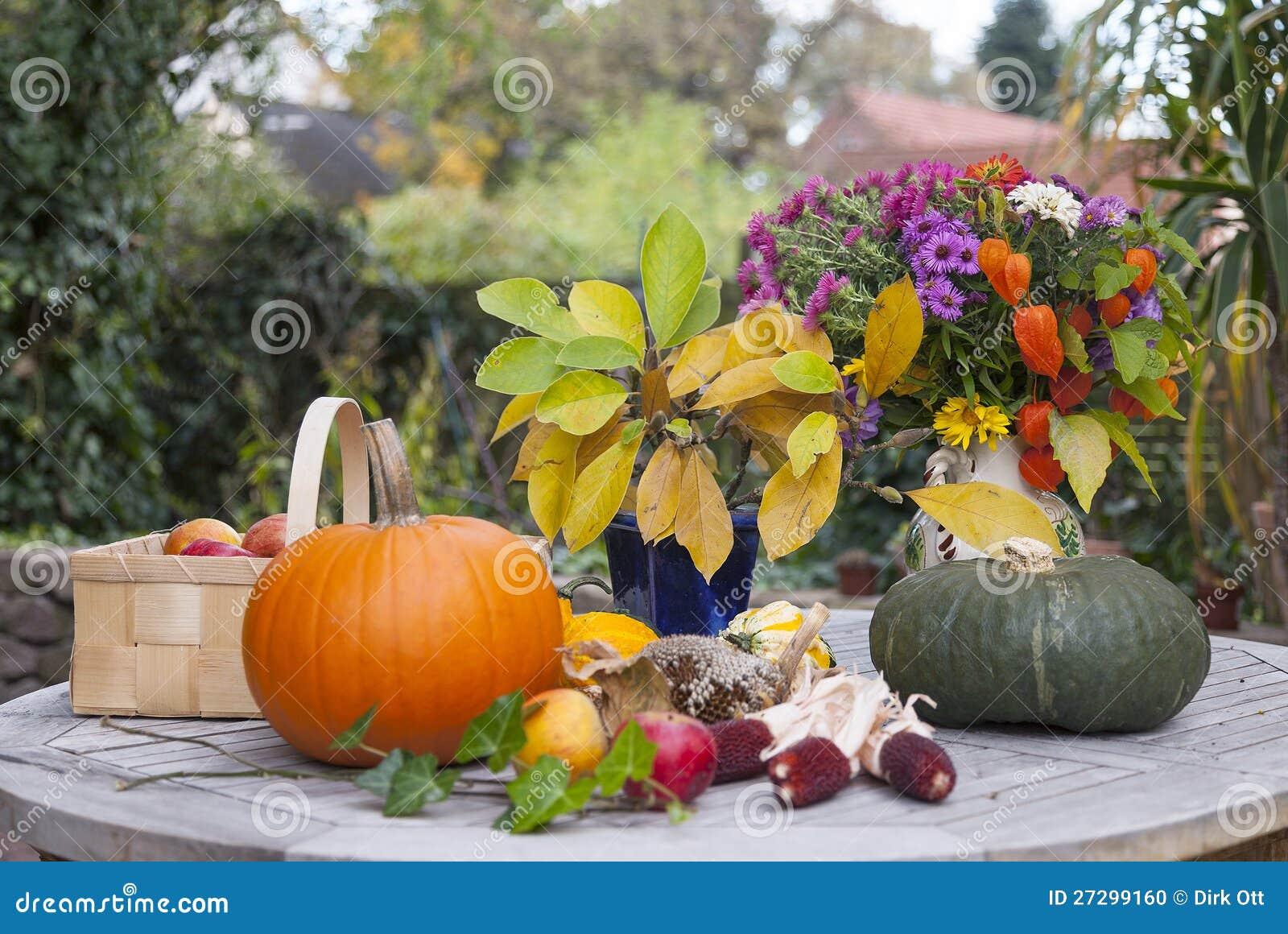 Herfst decoratie stock foto afbeelding bestaande uit for Decoratie herfst