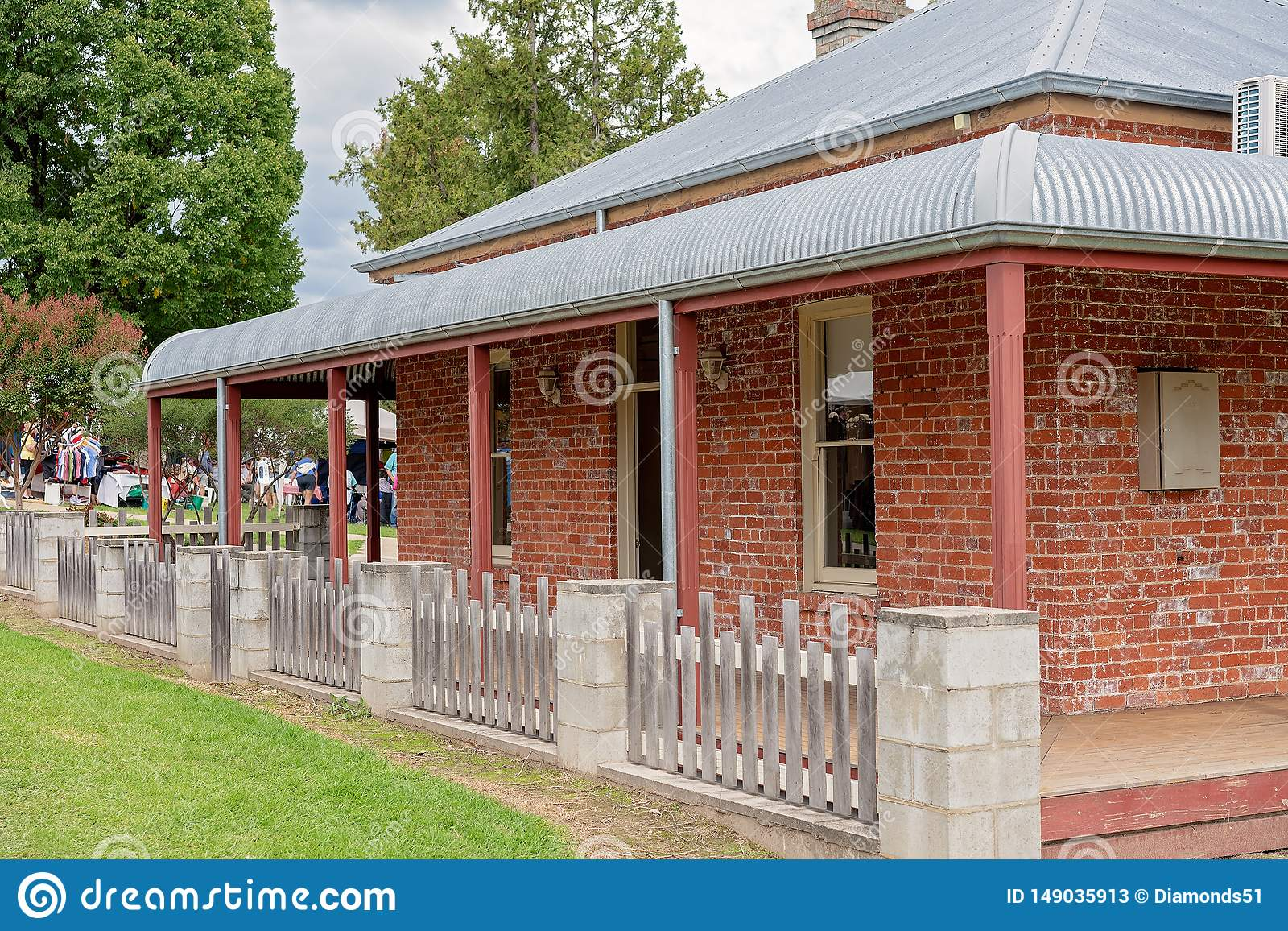 Heritage Listed Cottage In Victoria