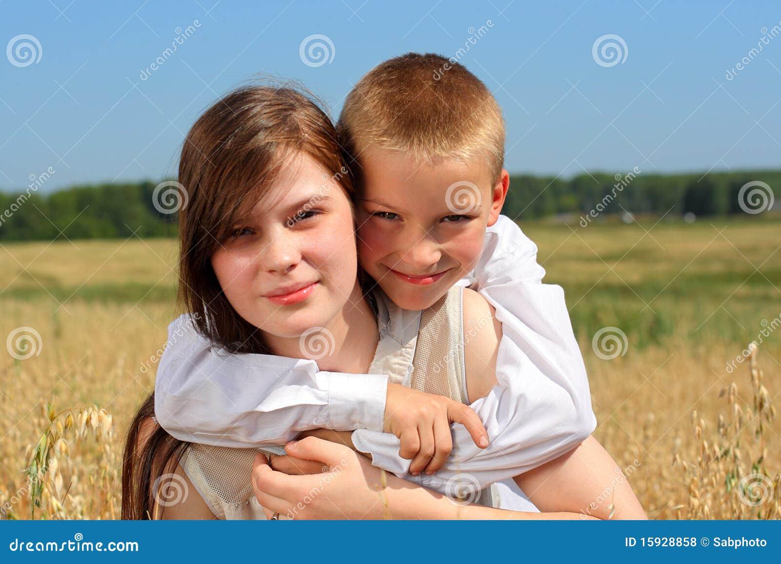 Hermano y hermana de cinta privada de 2 escenas
