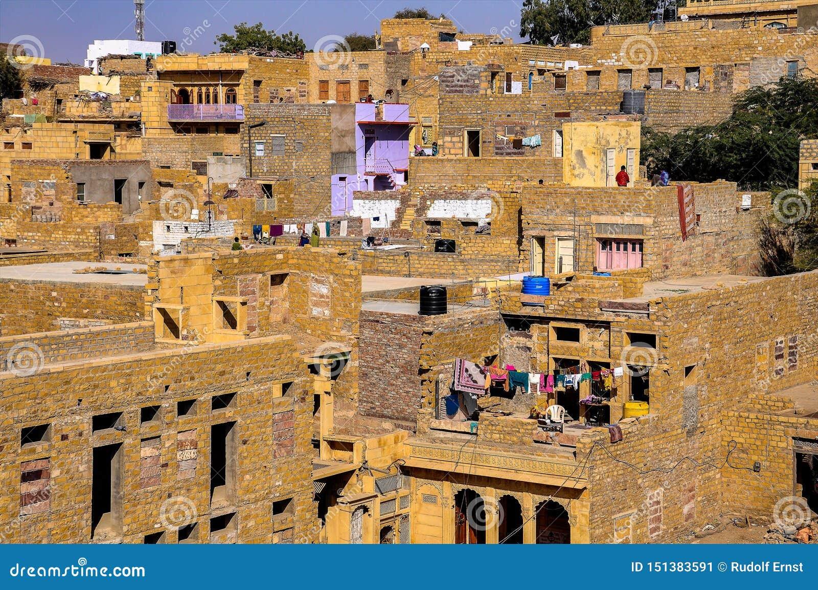 Hermosa vista de la ciudad de Jaisalmer en Rajasthán, la India del norte