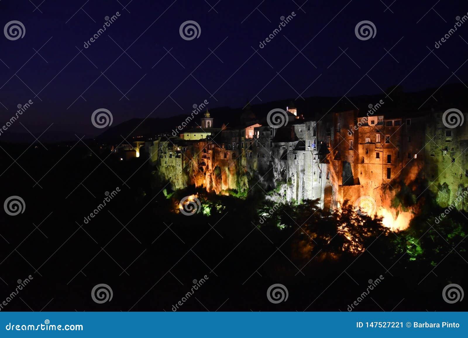Hermosa vista del dei Goti de Sant 'Agata