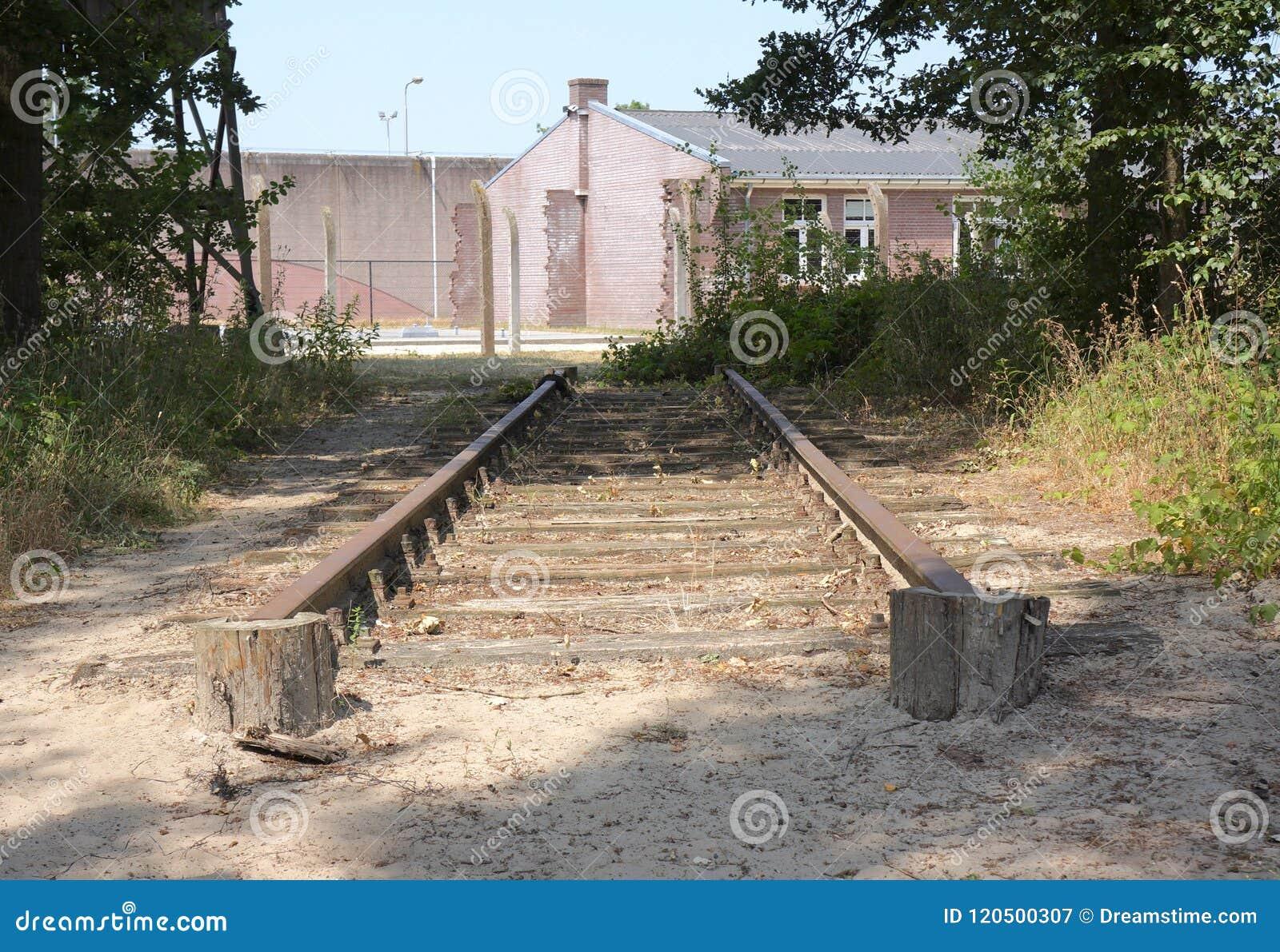 Herzogenbusch eller lägerVught koncentrationsläger i Nederländerna