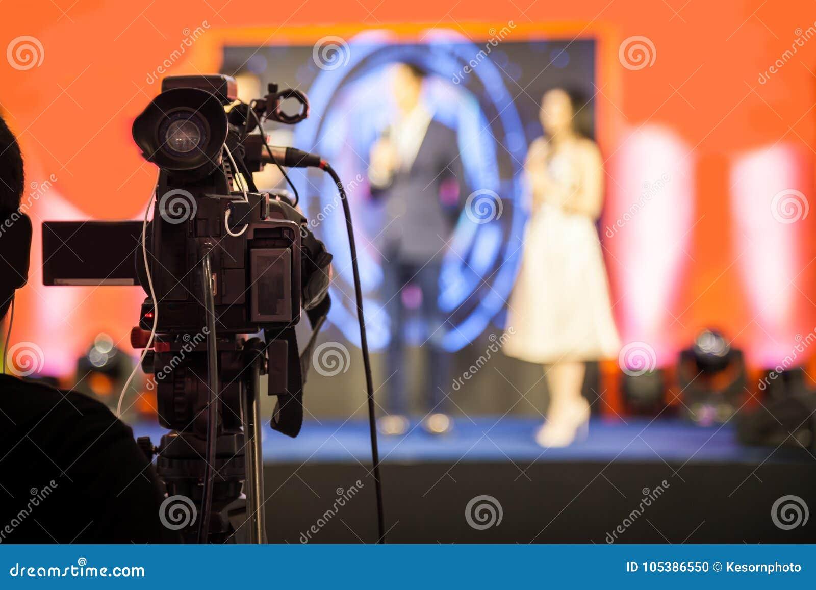 Het apparaat van de filmopname om gebeurtenis voor uitzending te registreren