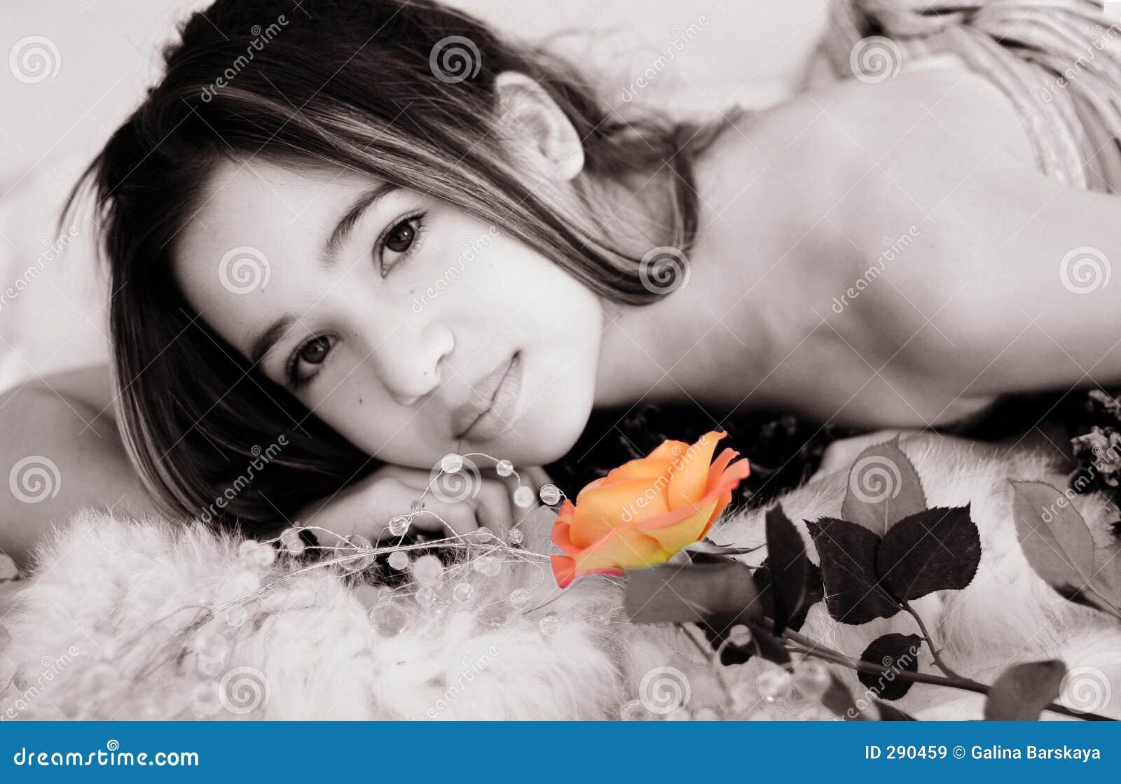 Het Aziatische meisje met nam toe