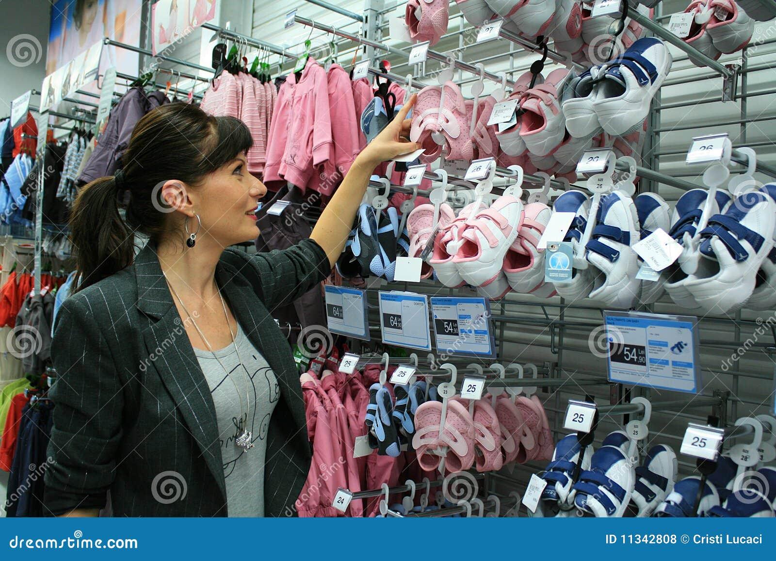 Het bedrijfs vrouw winkelen