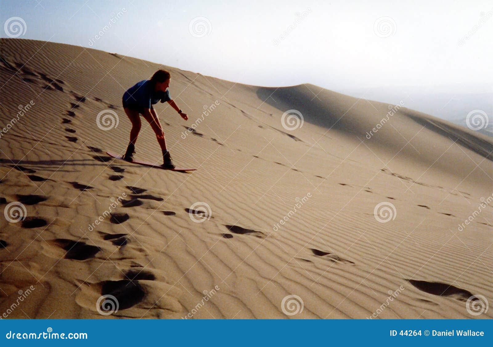 Het berijden van de duinen