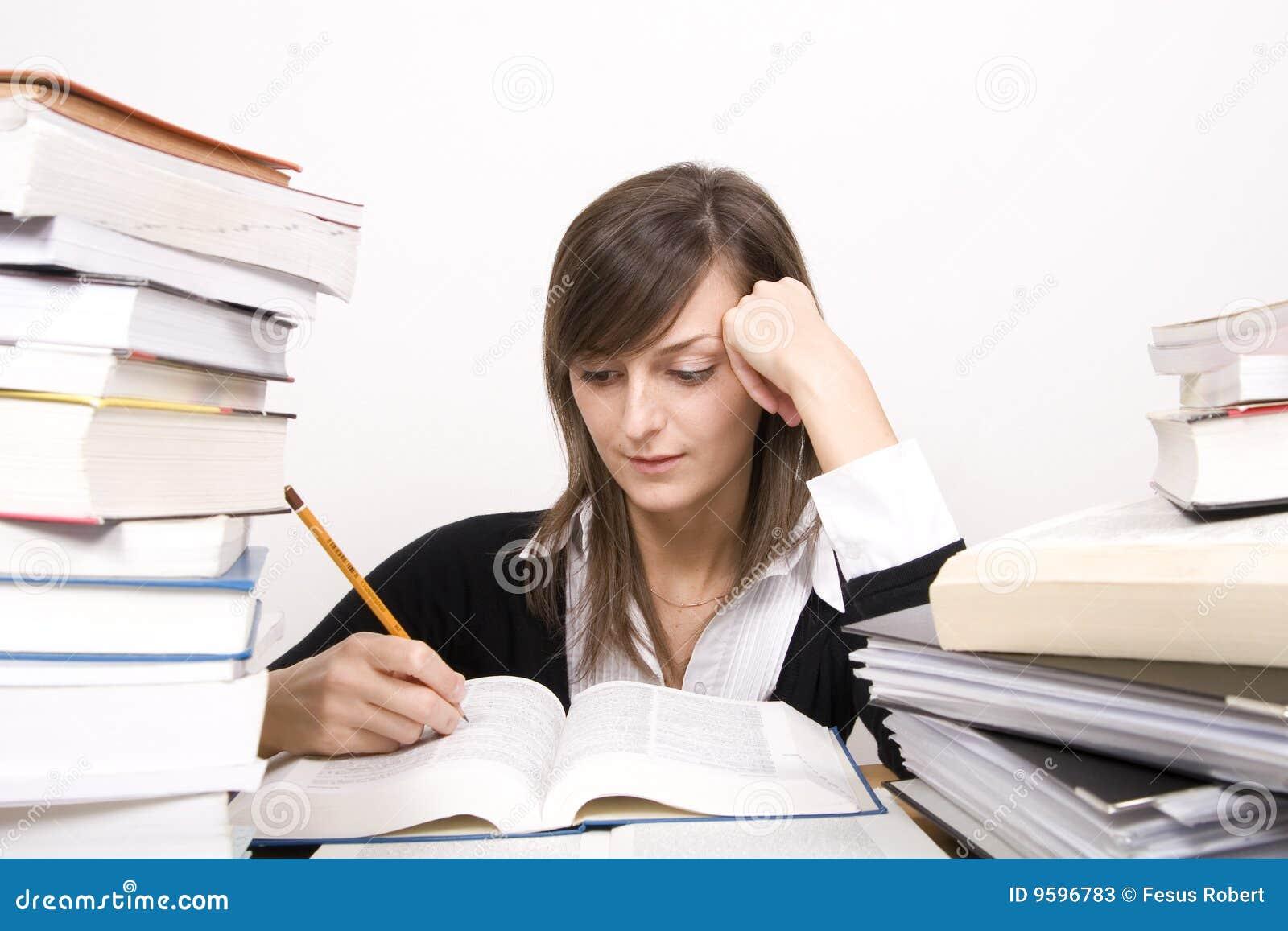 Het bestuderen van meisje