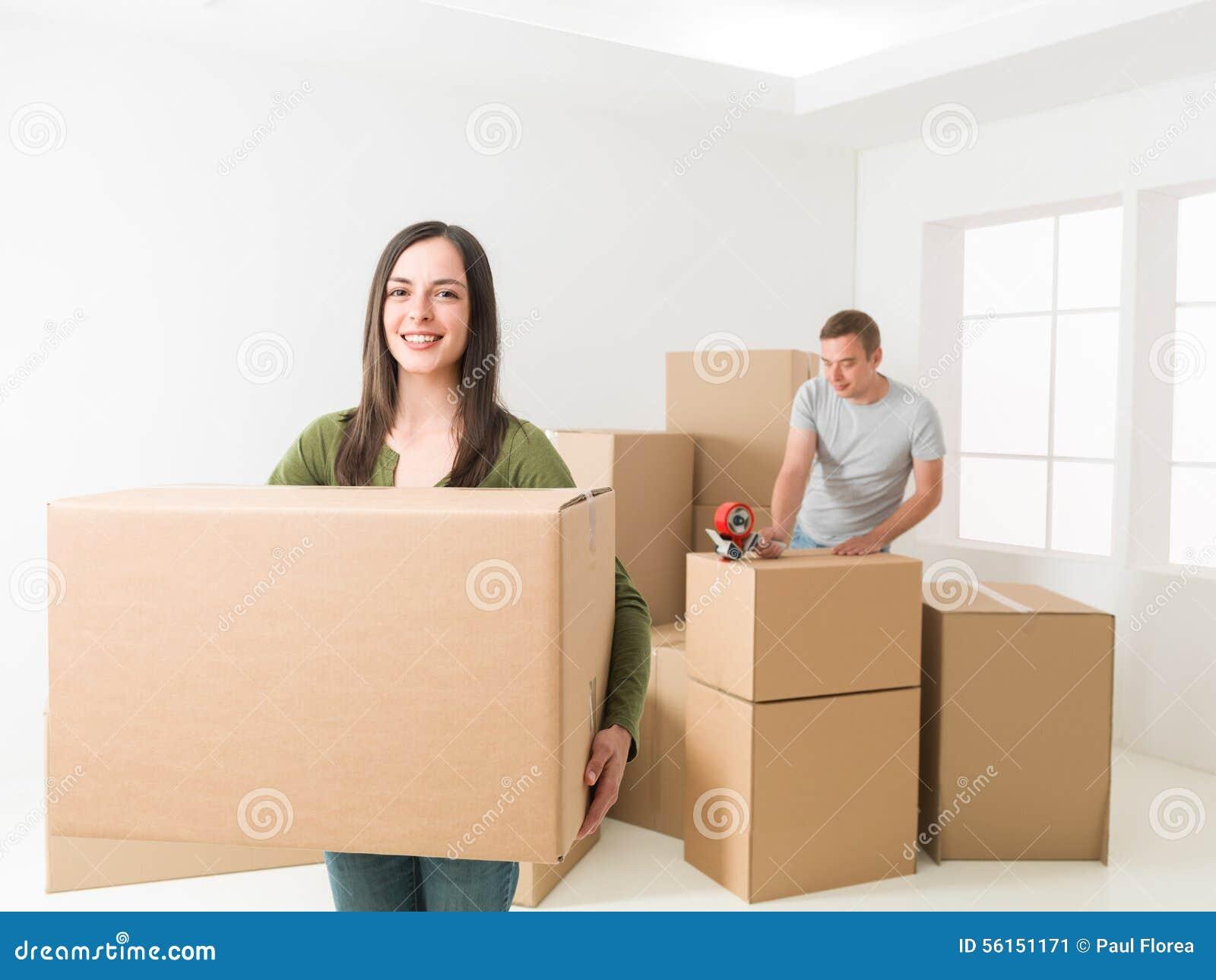 Het bewegende huis van het paar