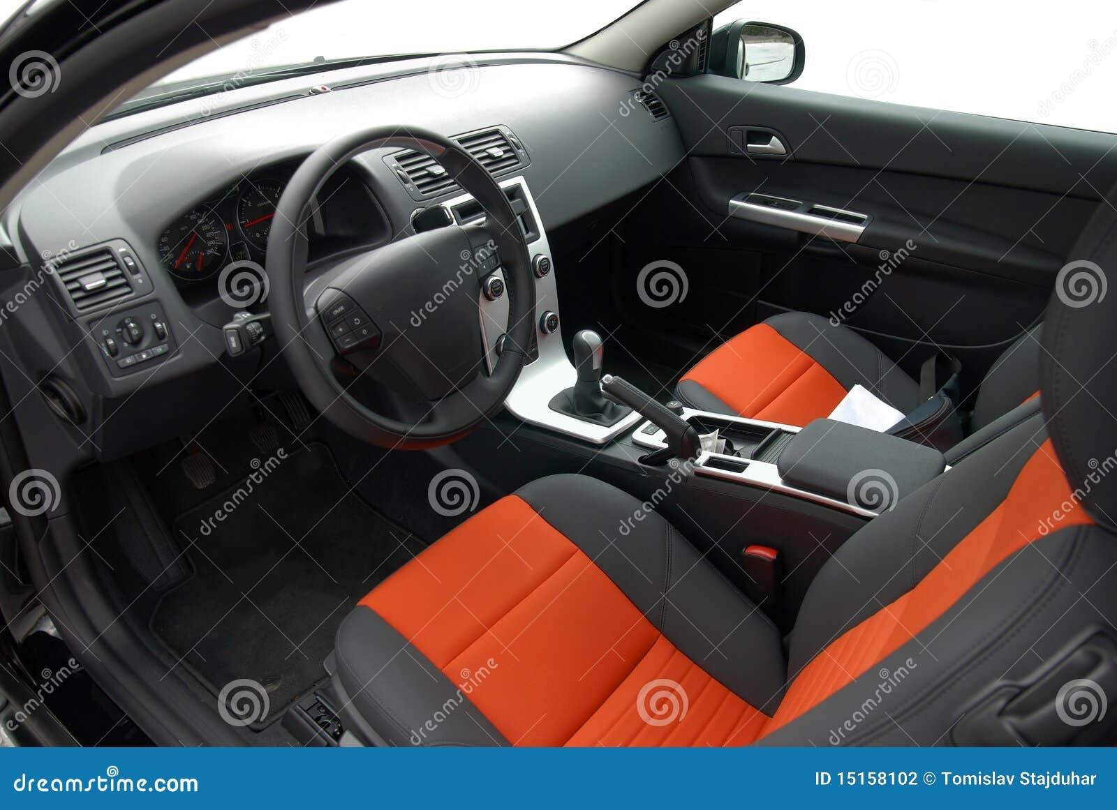 Het binnenland van de auto