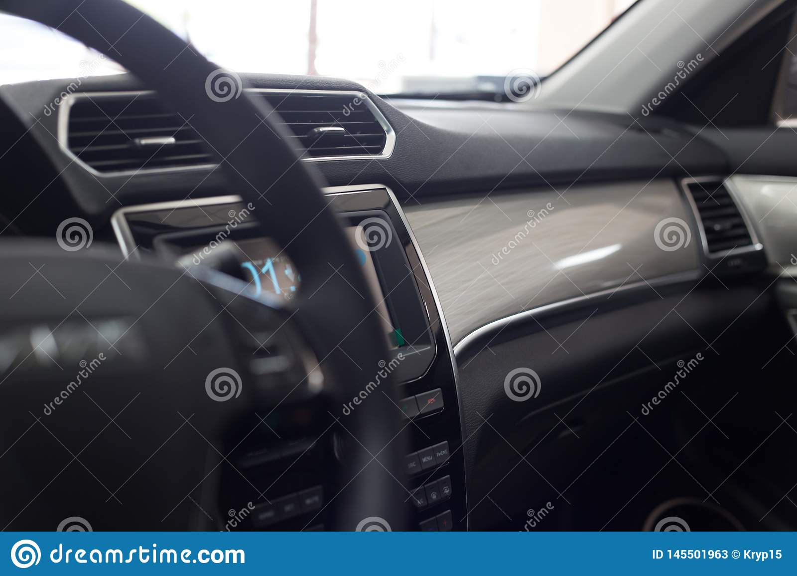 Het binnenland van de auto Modern auto verlicht dashboard