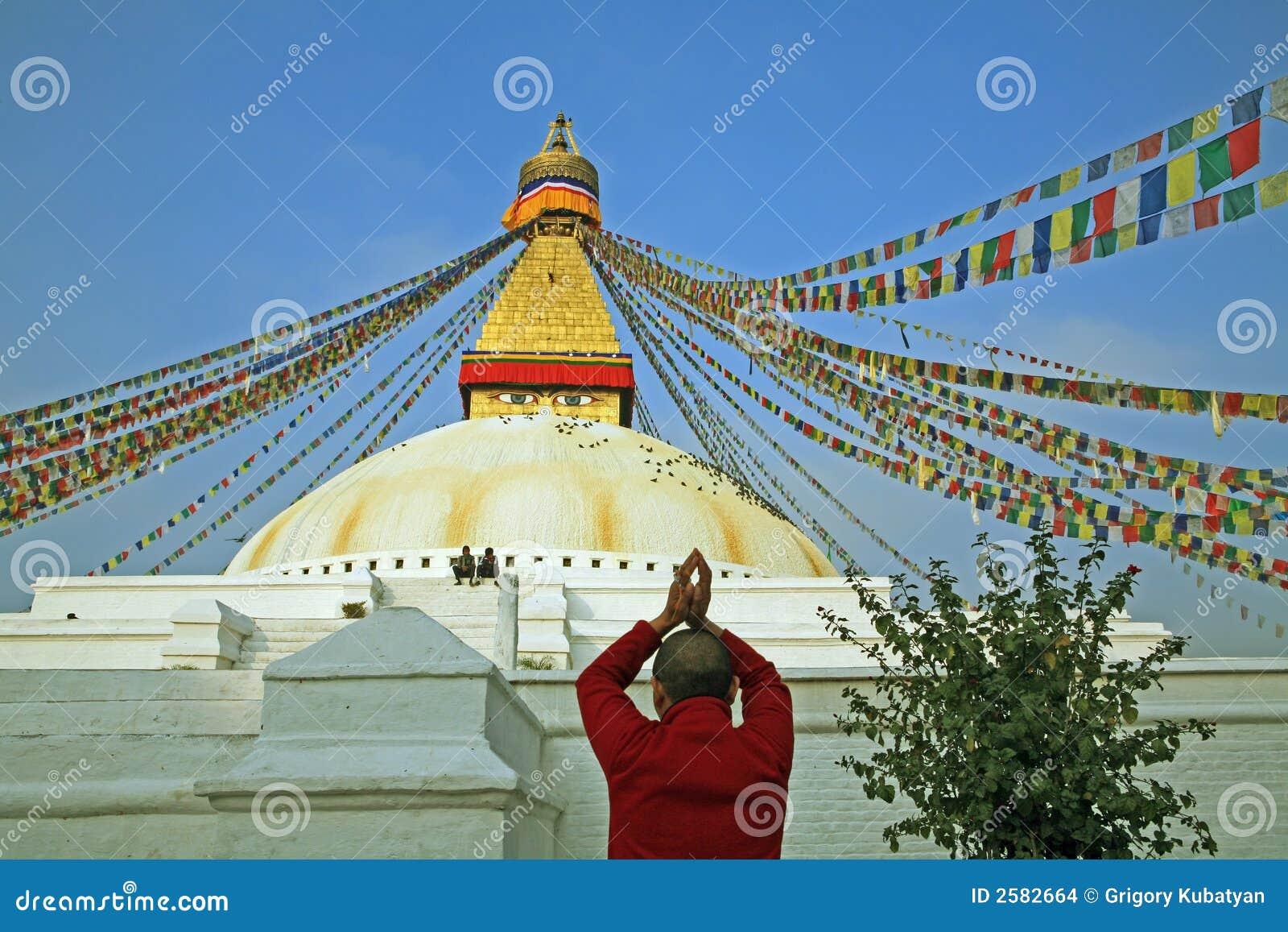 Het boeddhistische aanbidden.