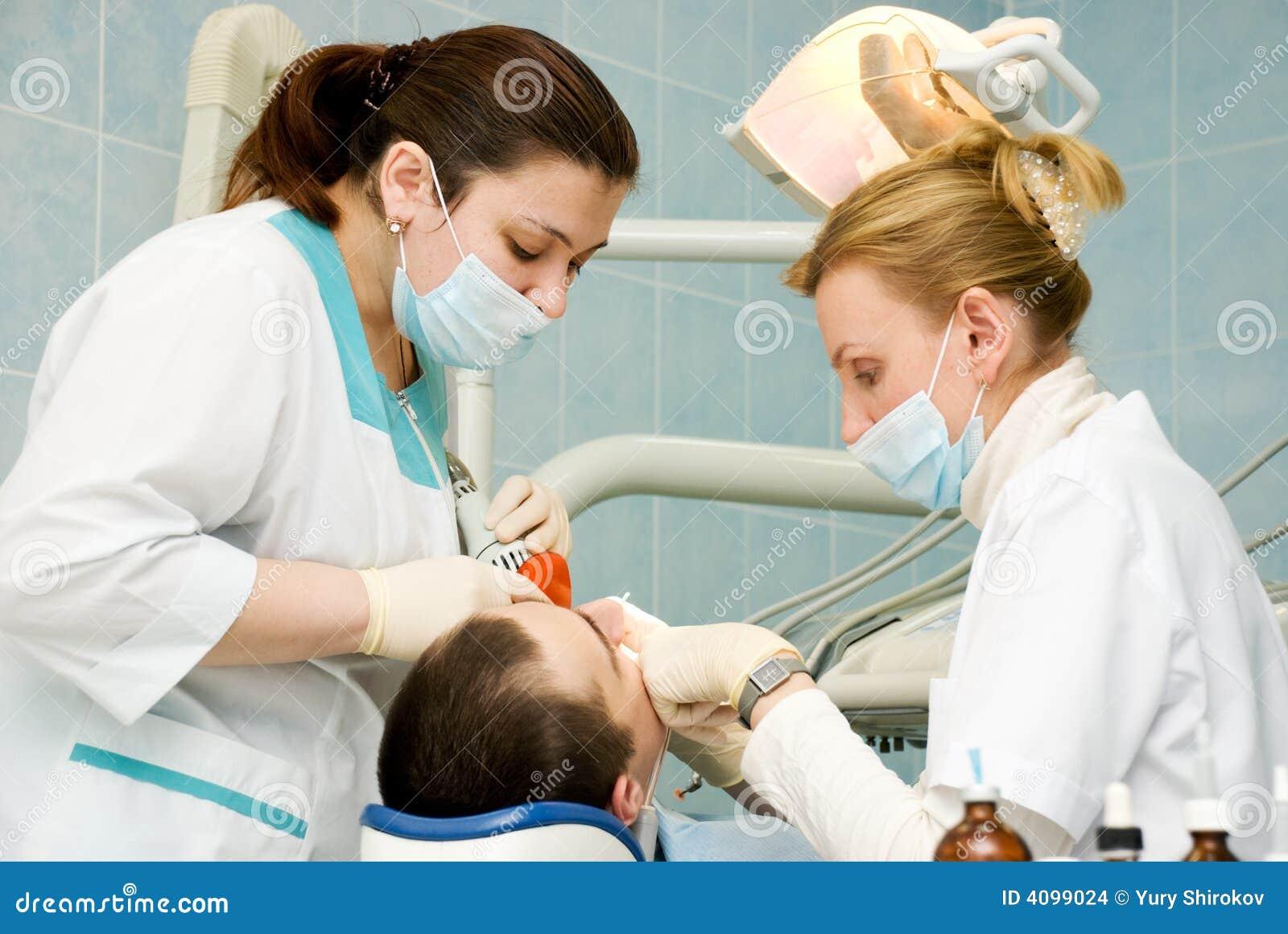 Het bureau van de tandarts