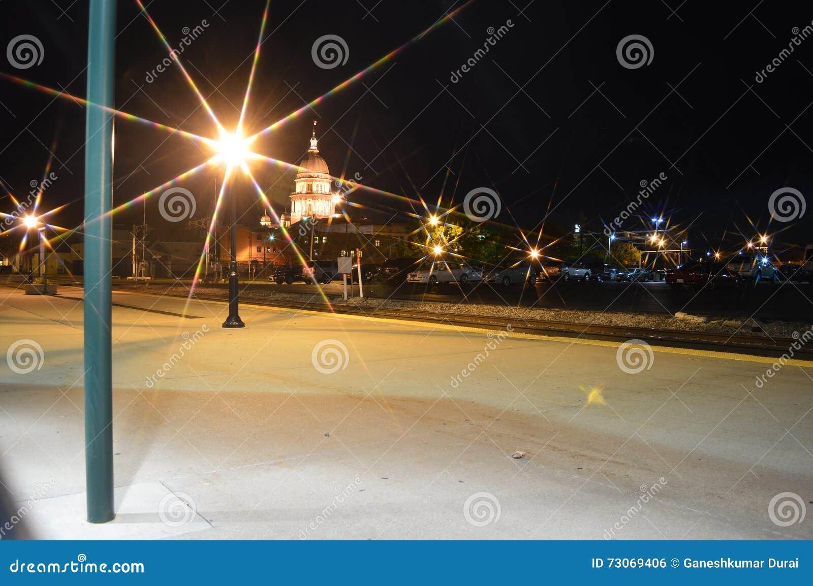 Het Capitool van de Staat van Illinois bij Nacht