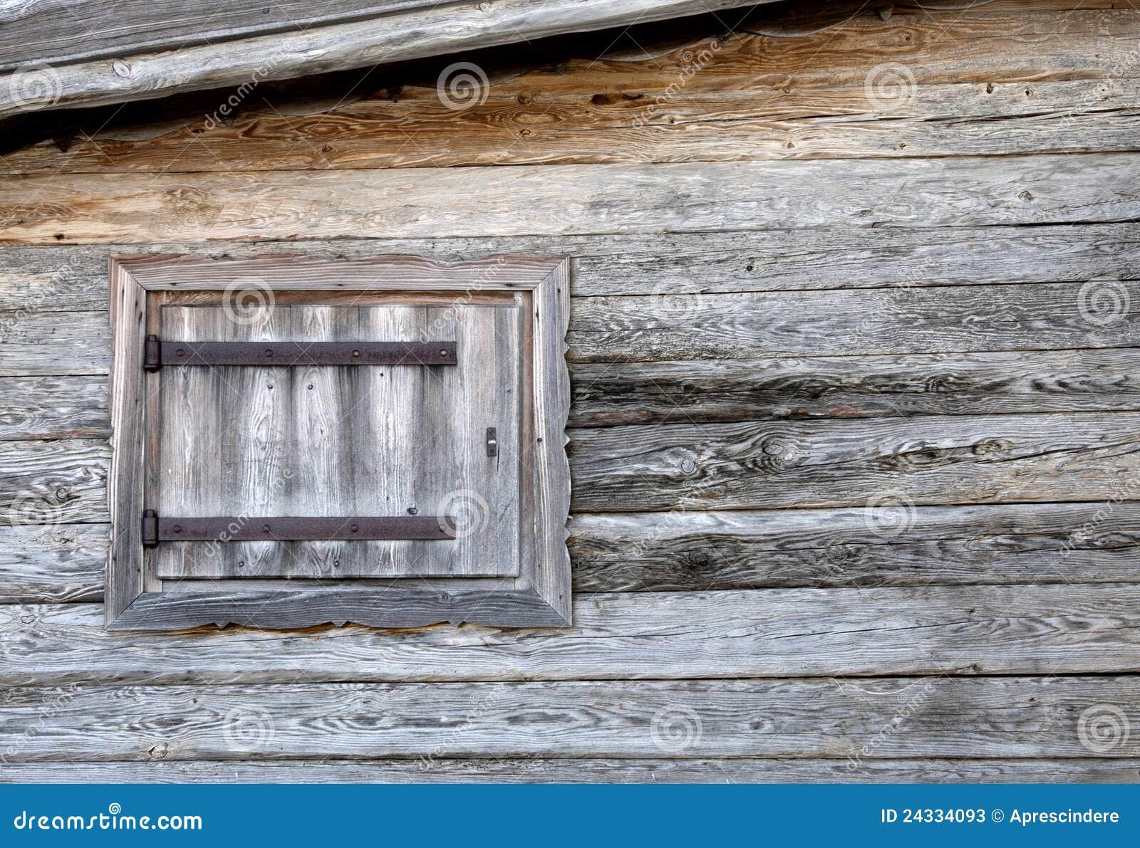 Het chalet van het venster