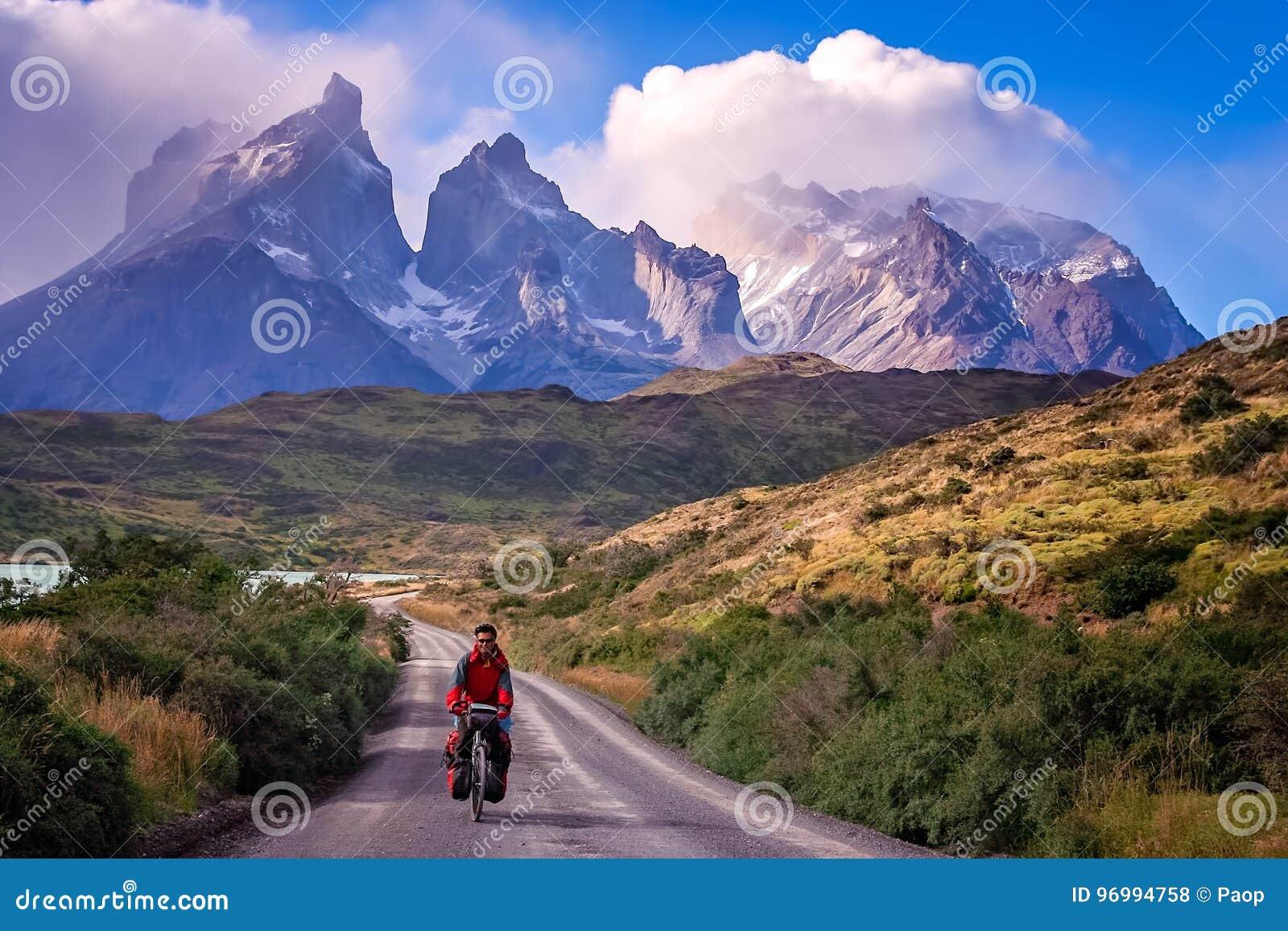 Het cirkelen in Torres del Paine NP