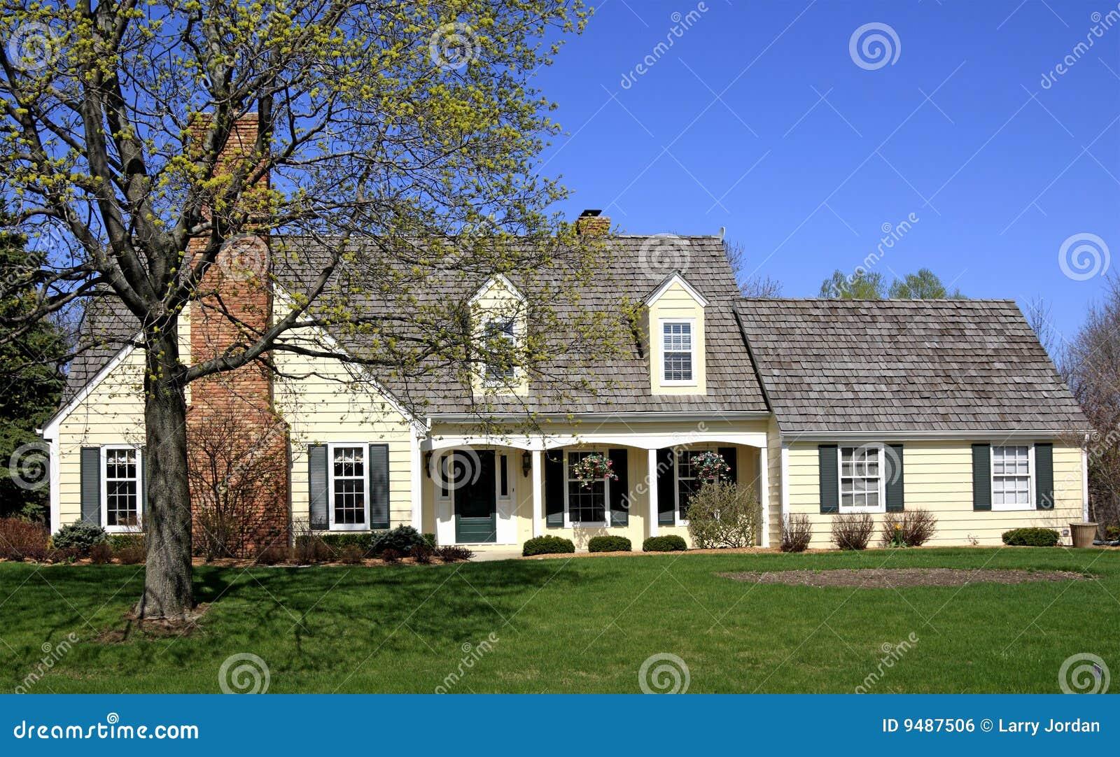 Het comfortabele huis van het land royalty vrije stock afbeelding afbeelding 9487506 - Huis van het wereldkantoor newport ...