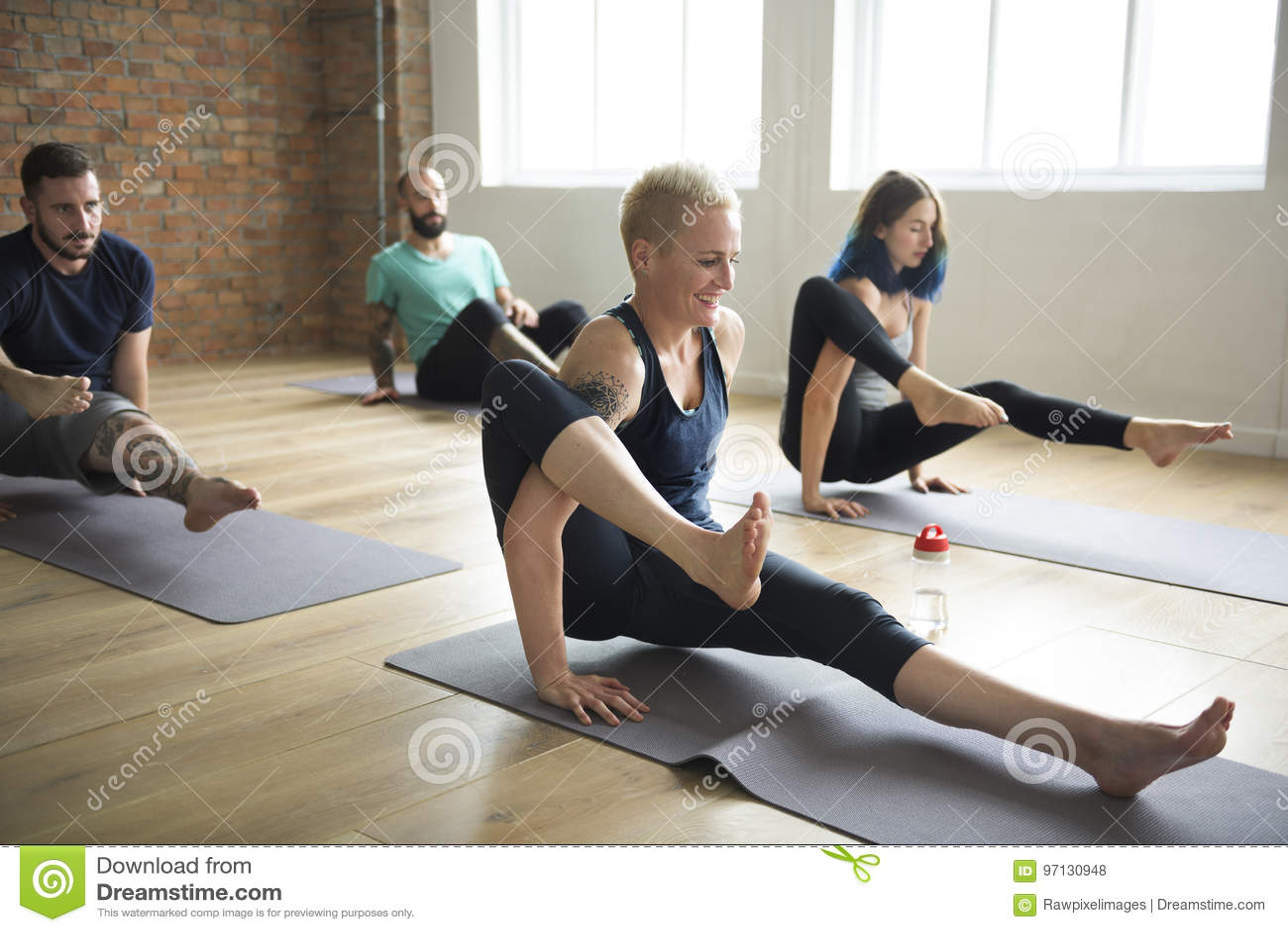 Het Concept van de de Oefeningsklasse van de yogapraktijk