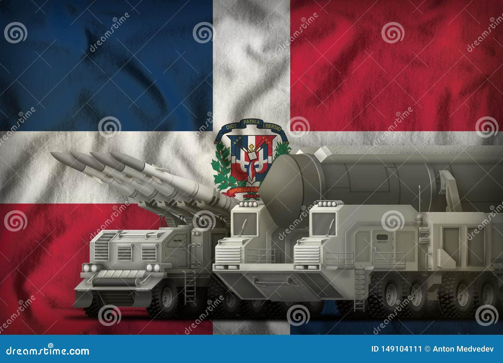 Het concept van de rakettroepen van de Dominicaanse Republiek op de nationale vlagachtergrond 3D Illustratie