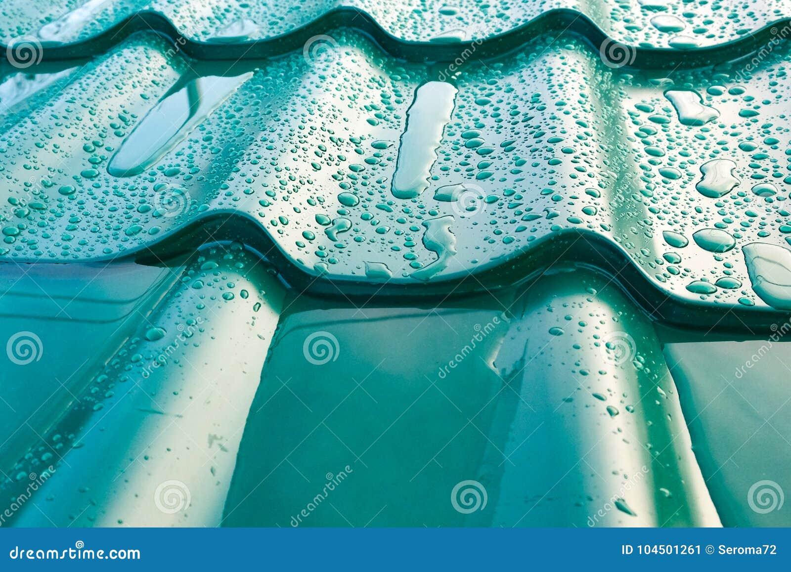 Het dak van metaal