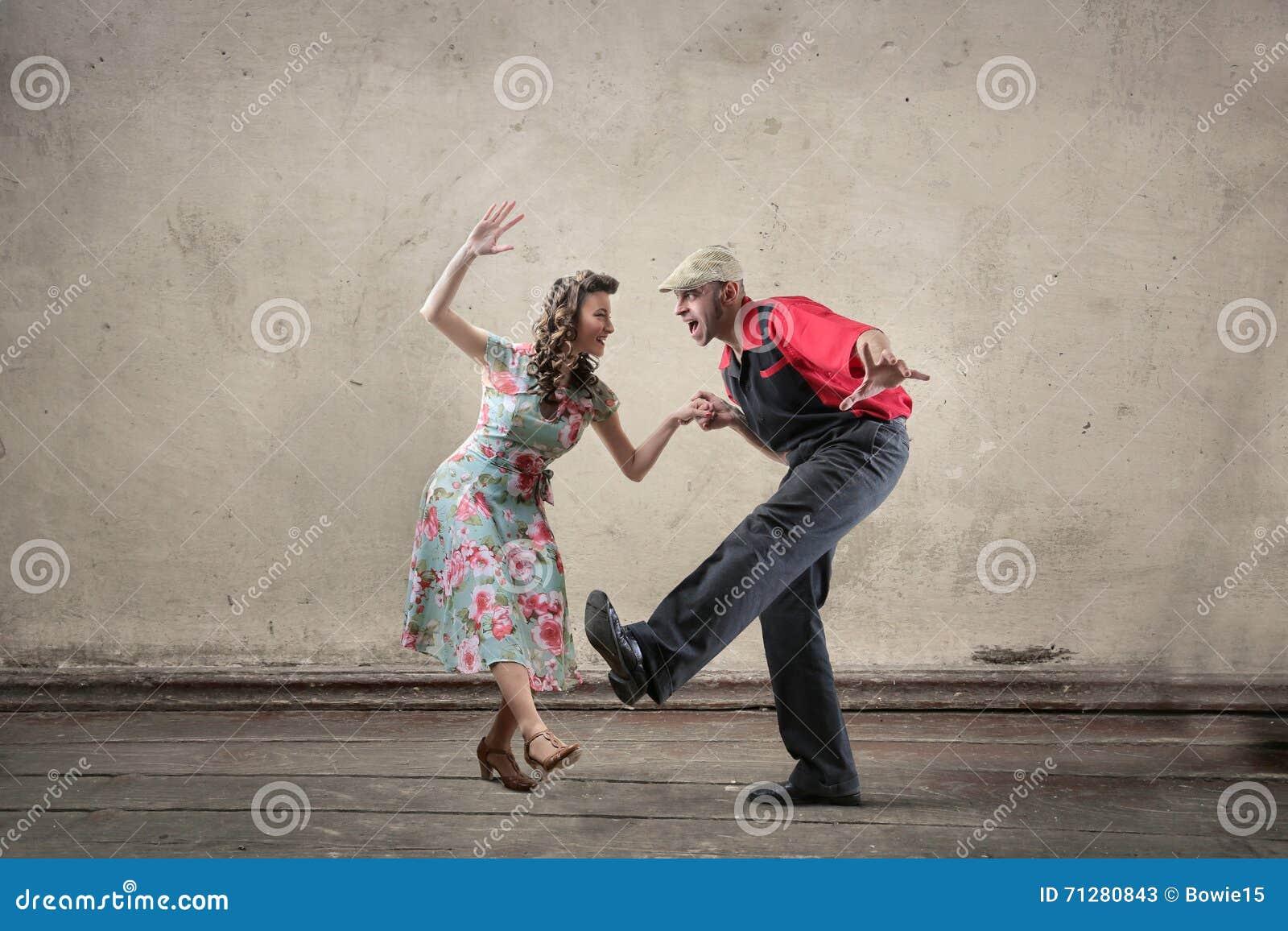 Het dansen van het paar