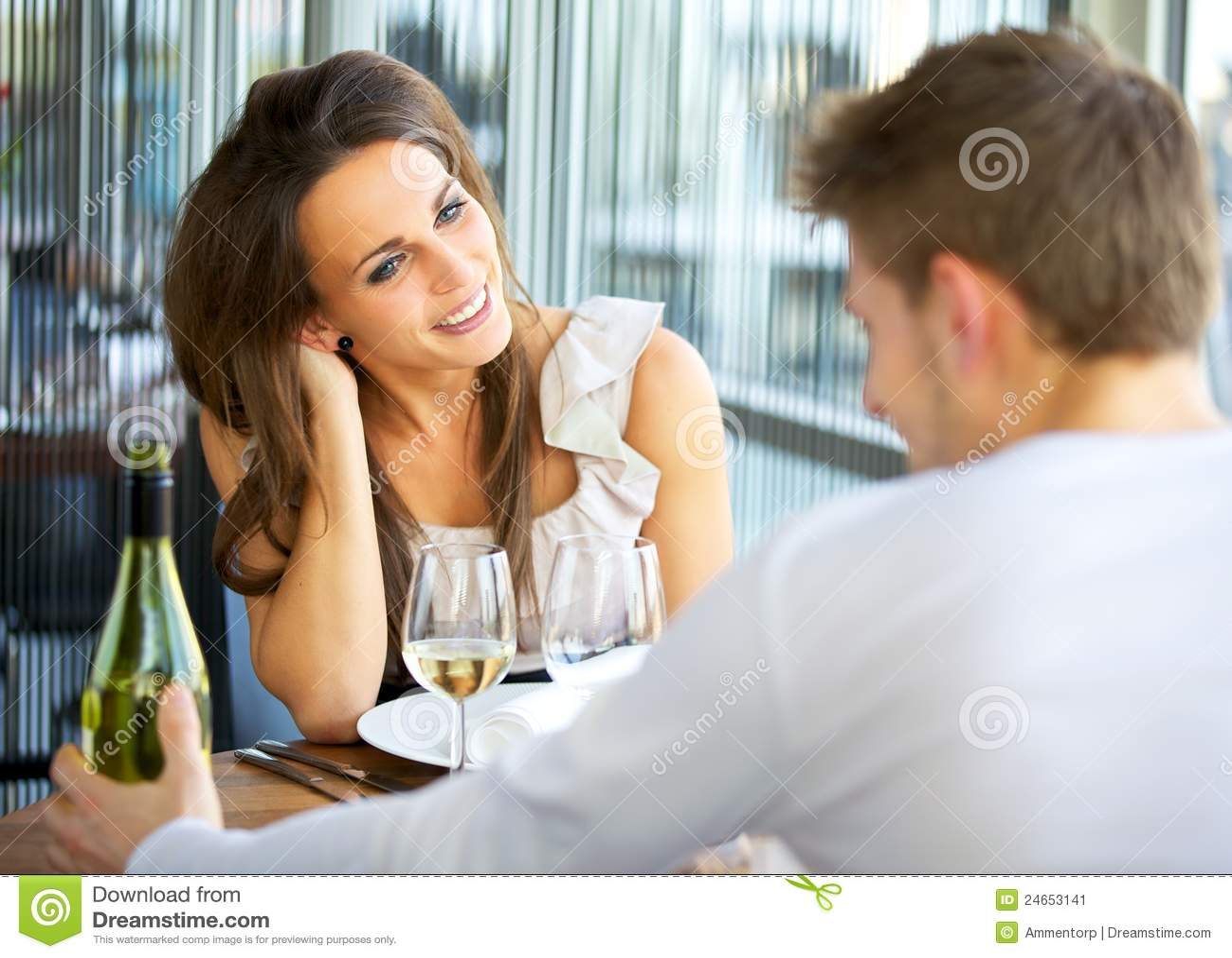 Het dateren van Paar bij een Restaurant