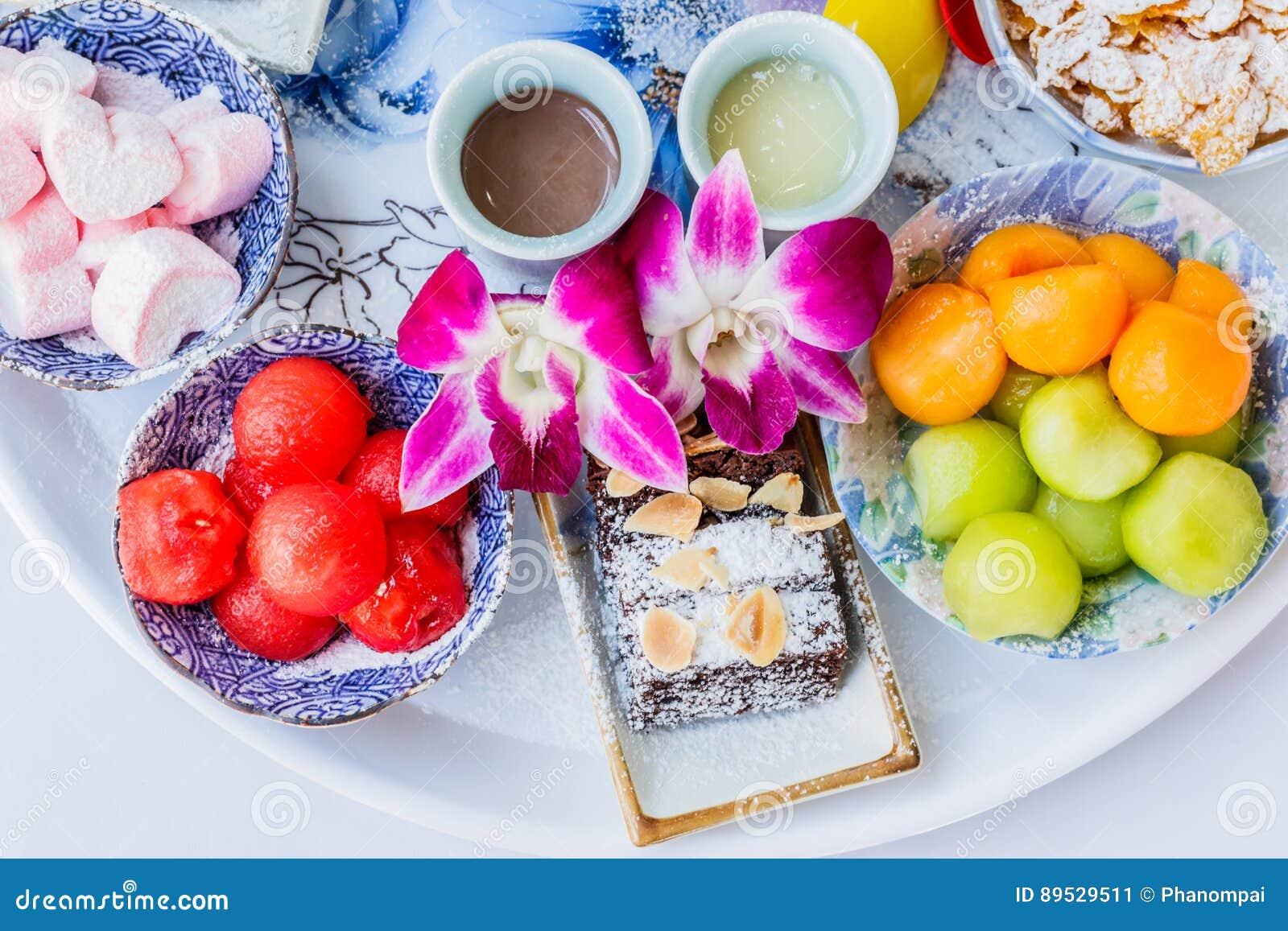 Het dessert van het Bingsuijs met kantaloep