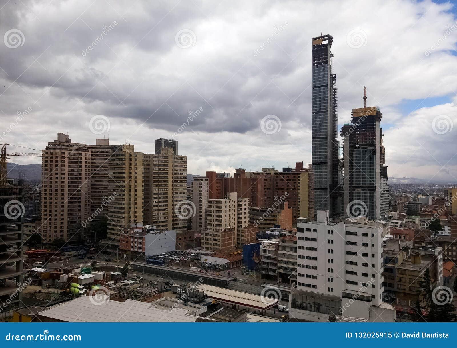 Het district van de binnenstad van Bogota, Colombia Modernisering van ontwikkelingsland