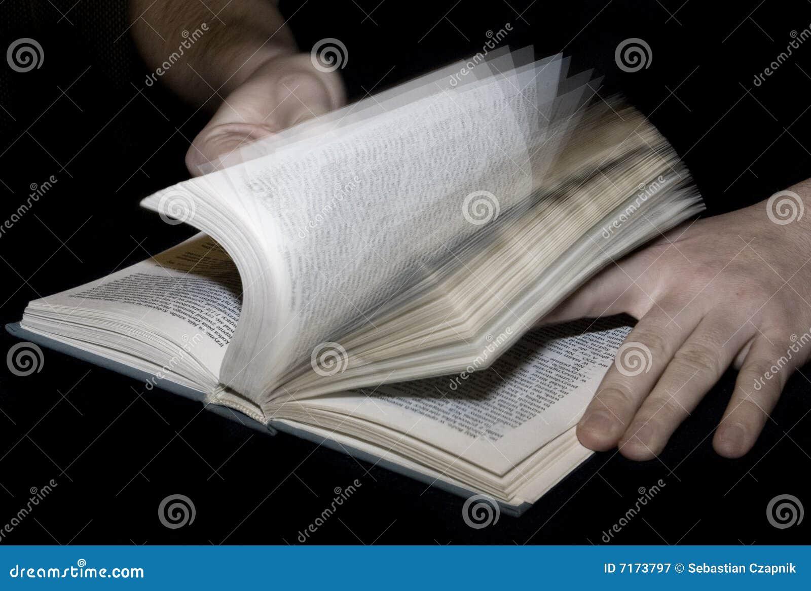 Het Doorlezen Stock Afbeelding Afbeelding Bestaande Uit Educatief 7173797